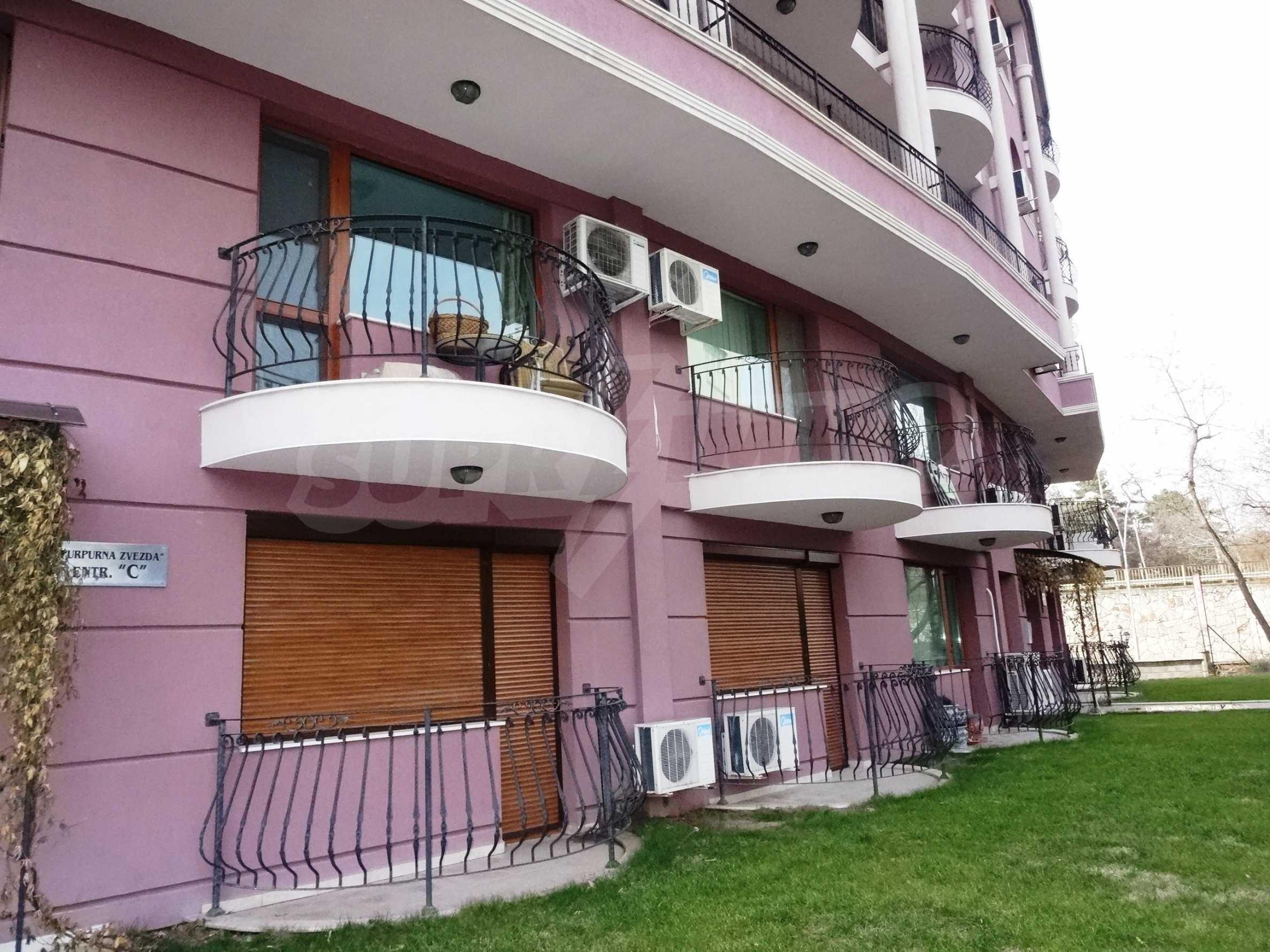 Апартамент  ИНА  25