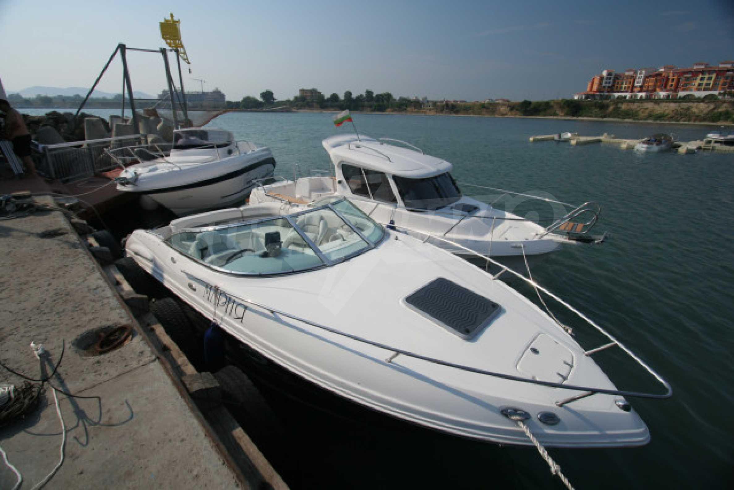 Marina Cape 28