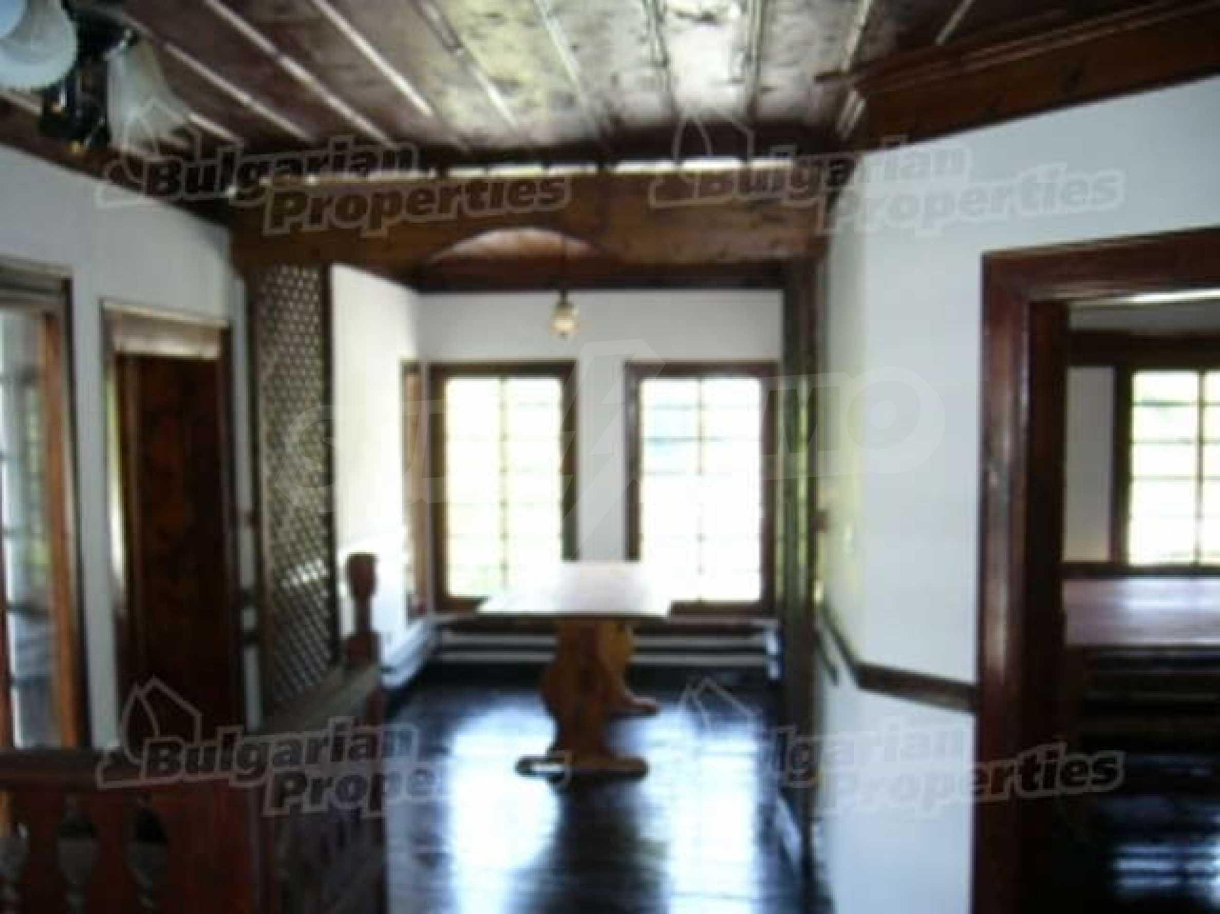 4-спальный дом в продаже около Пампорово 8