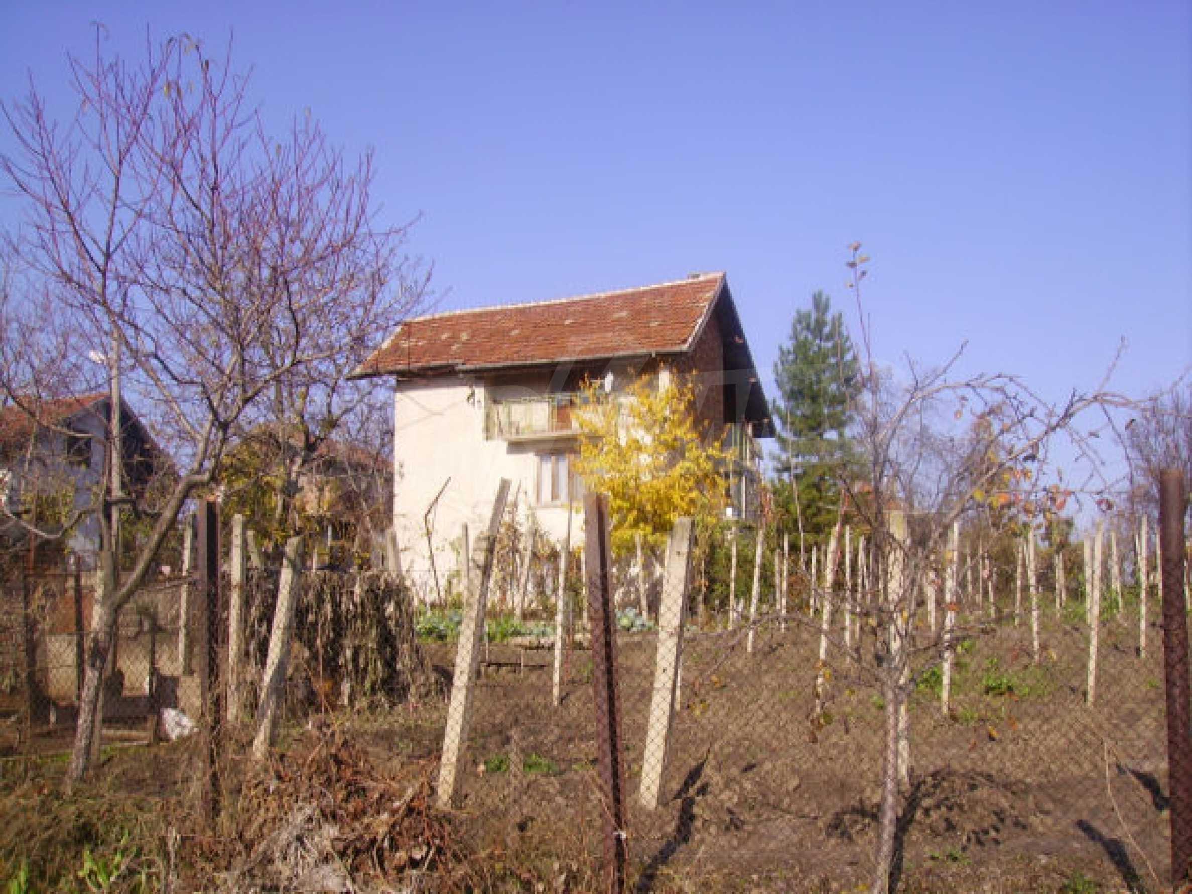 Traditional villa house 8