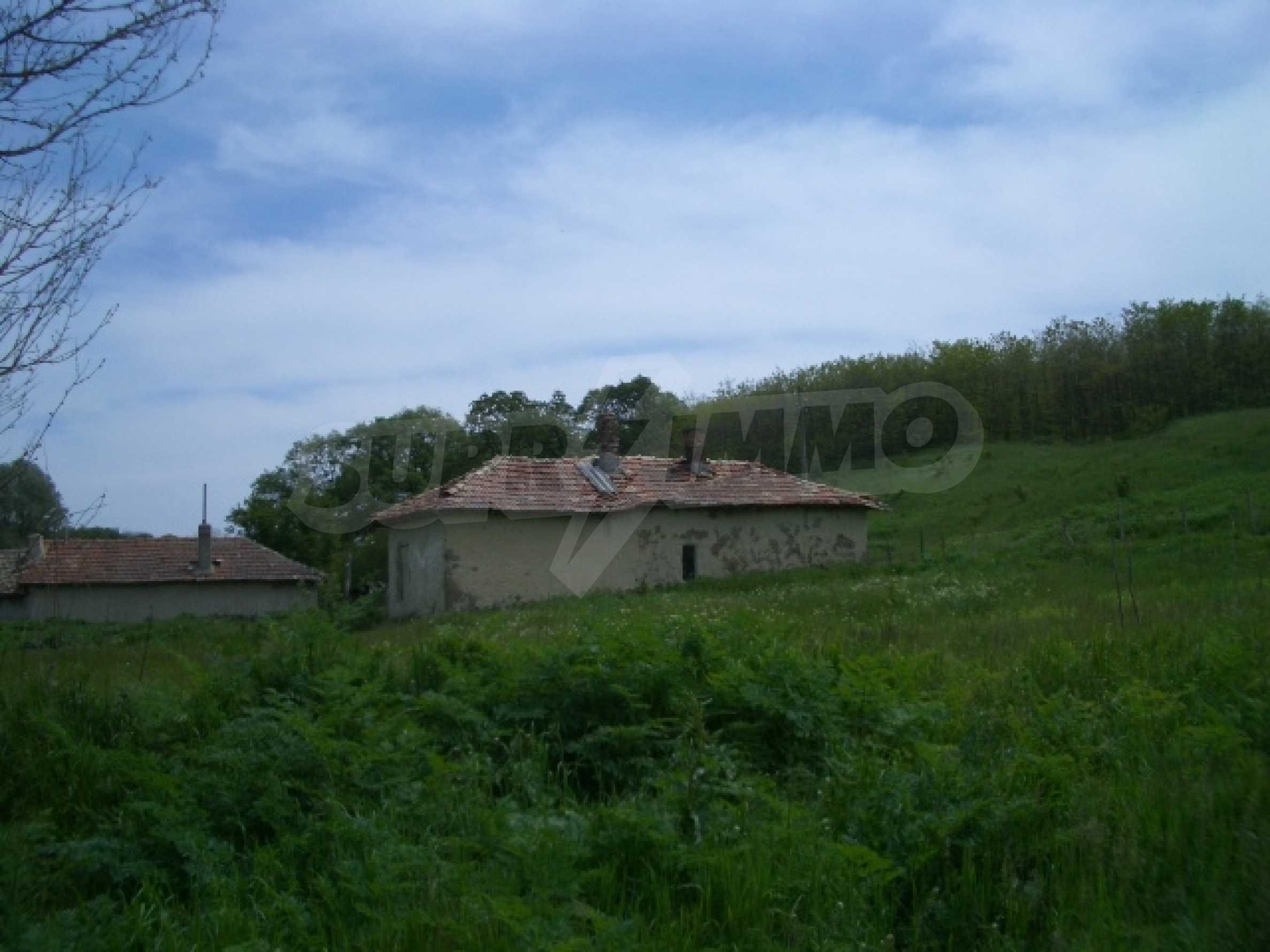 Дом в красивом тихом селе около г. Добрич и Варна 1