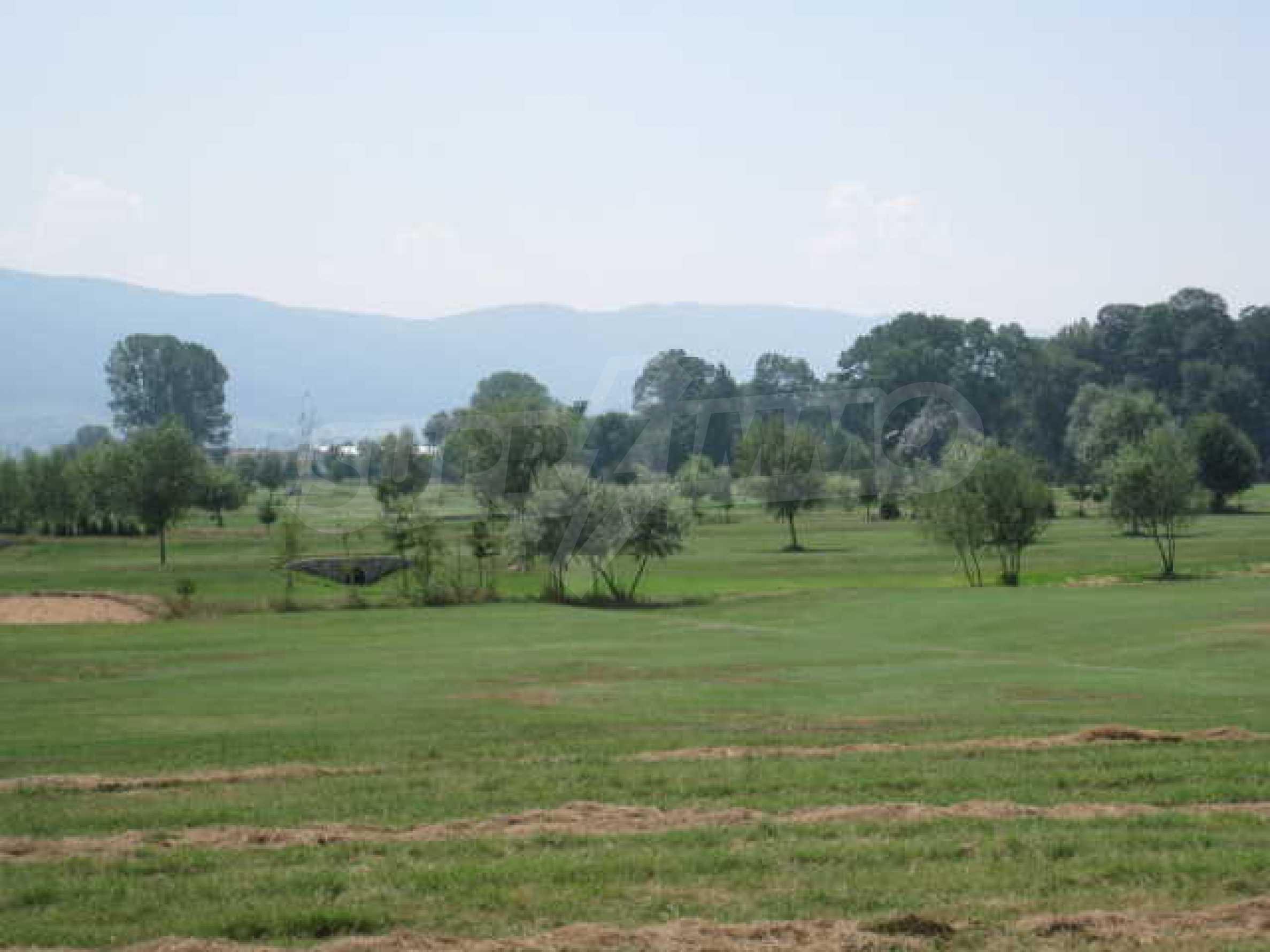Сграда до Air Sofia Golf Club 21