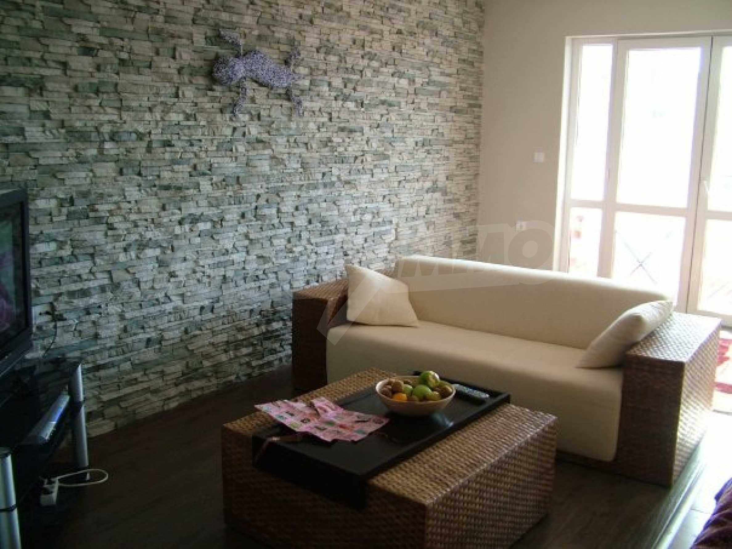 Drei-Zimmer-Wohnung in Haskovo