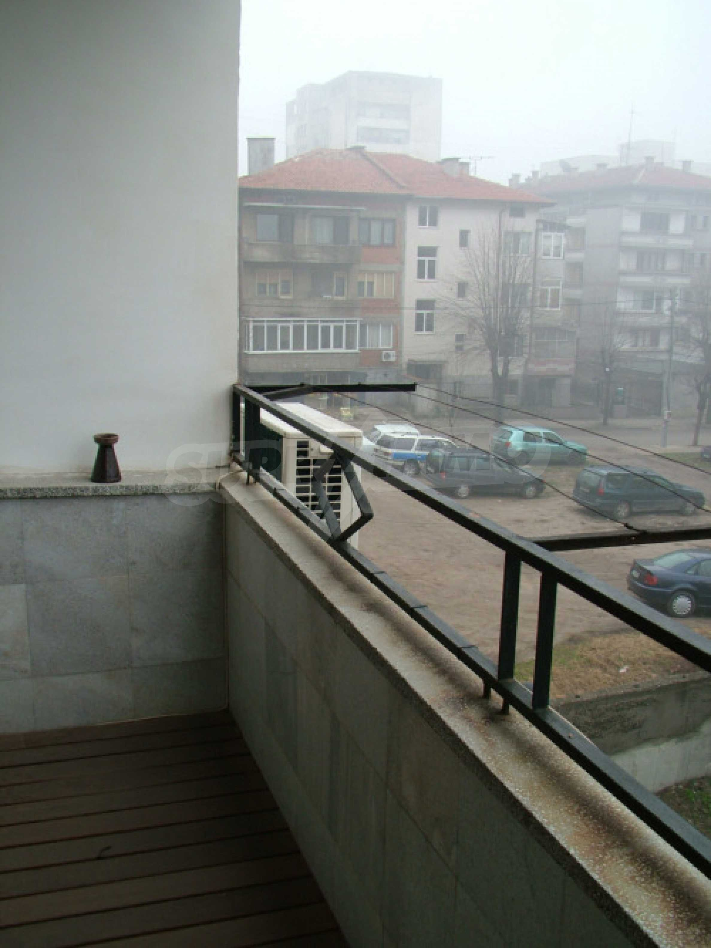Четиристаен апартамент в гр.Хасково 18