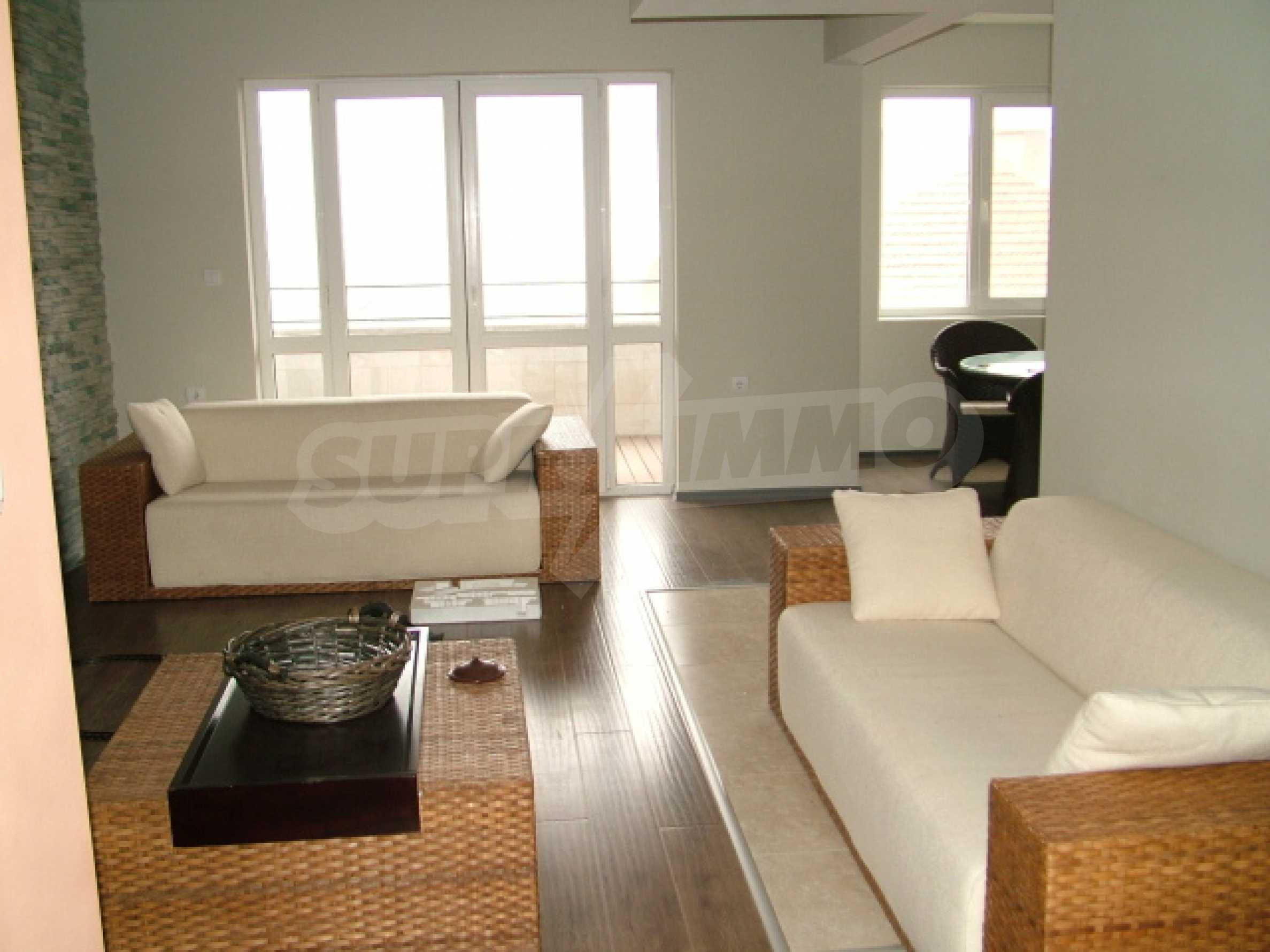 Drei-Zimmer-Wohnung in Haskovo 2
