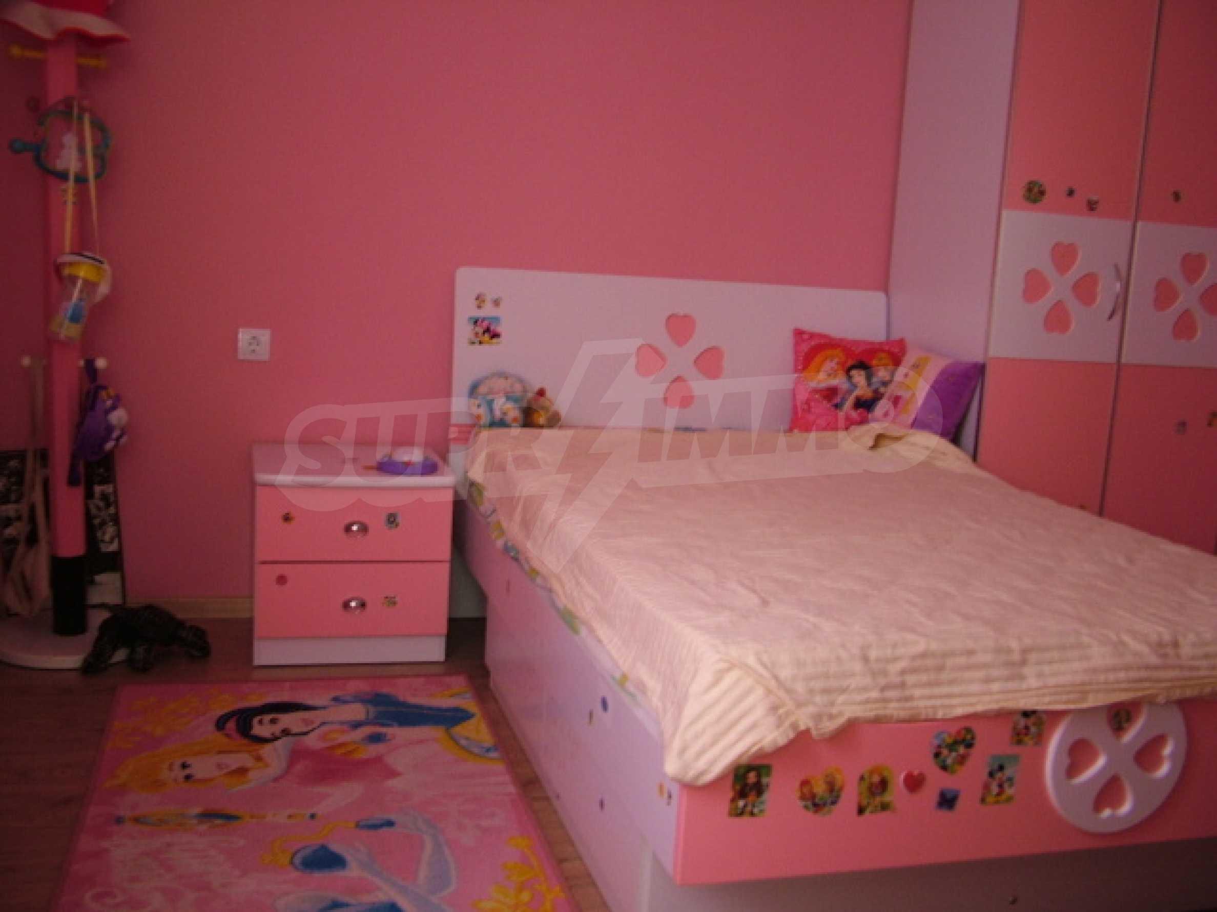 Drei-Zimmer-Wohnung in Haskovo 4