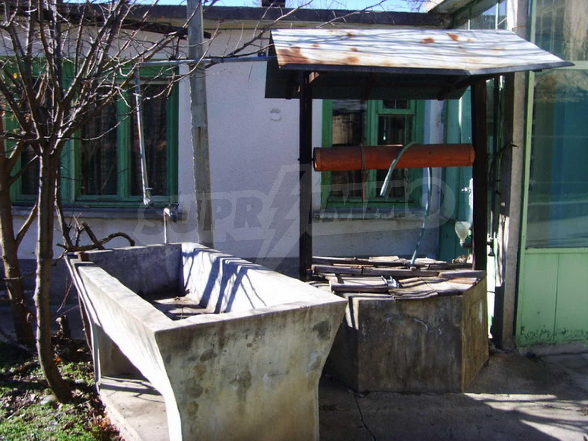 Дом около большого водохранилища 6