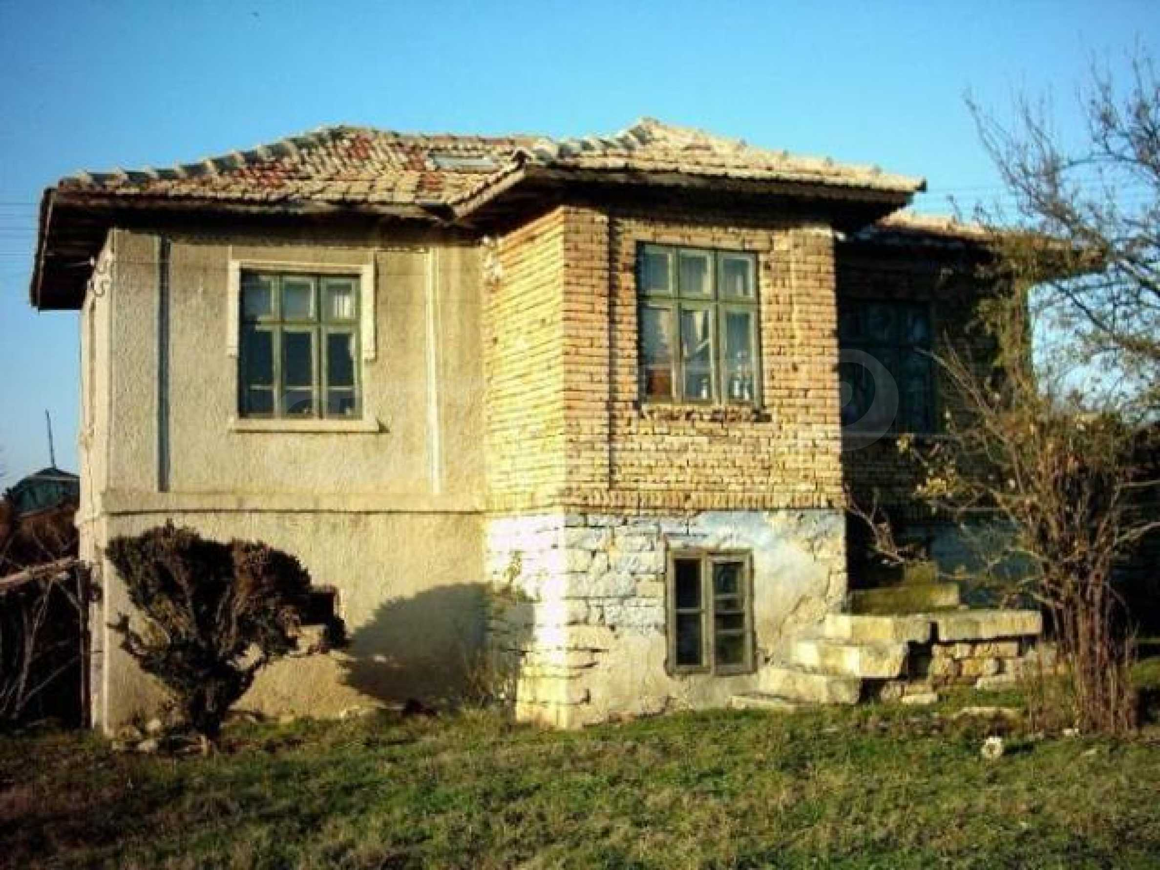 Traditional Bulgarian house in the village of Momchilovo 1