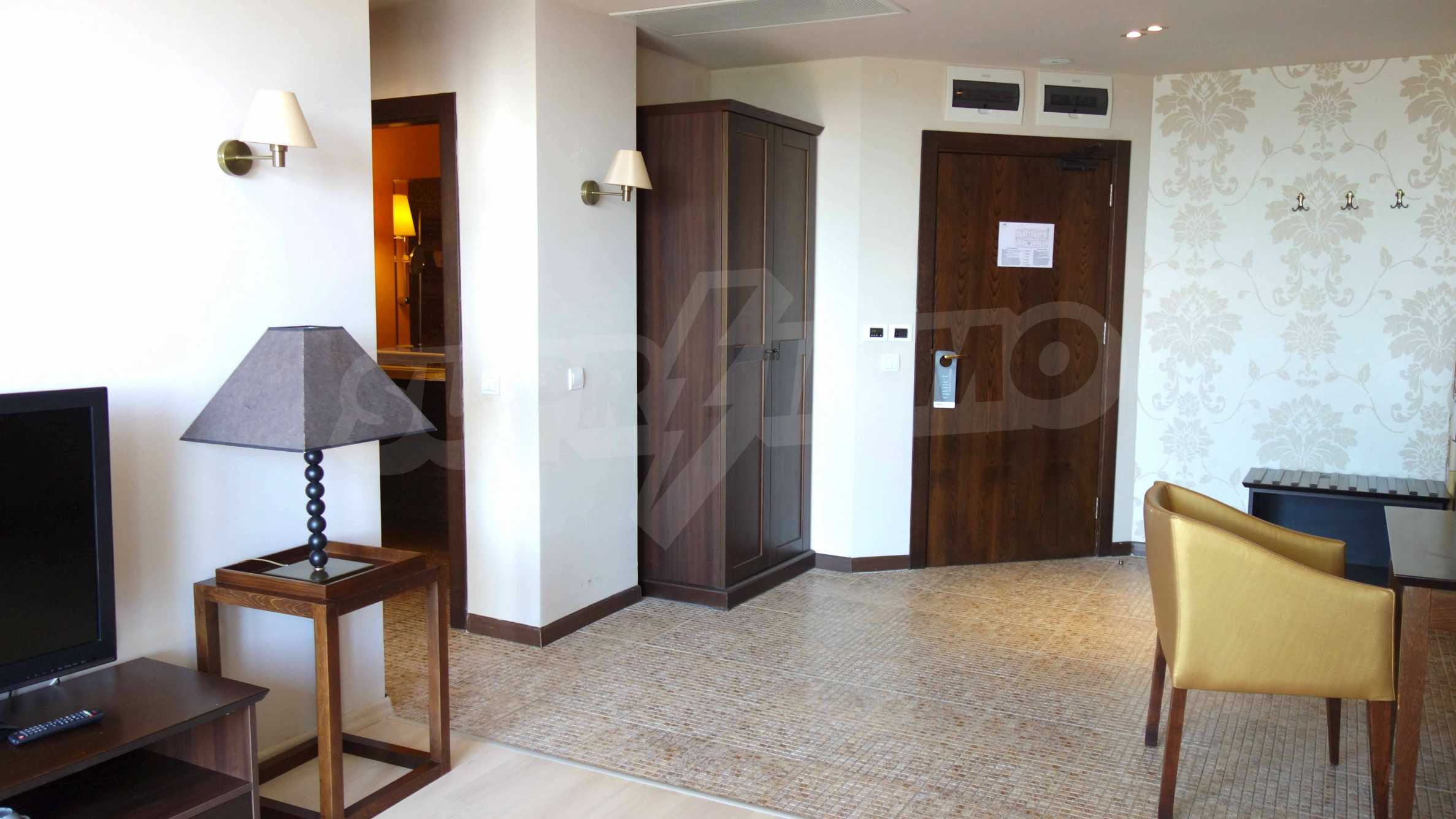 One-bedroom apartment in Royal Beach Barcelo 10