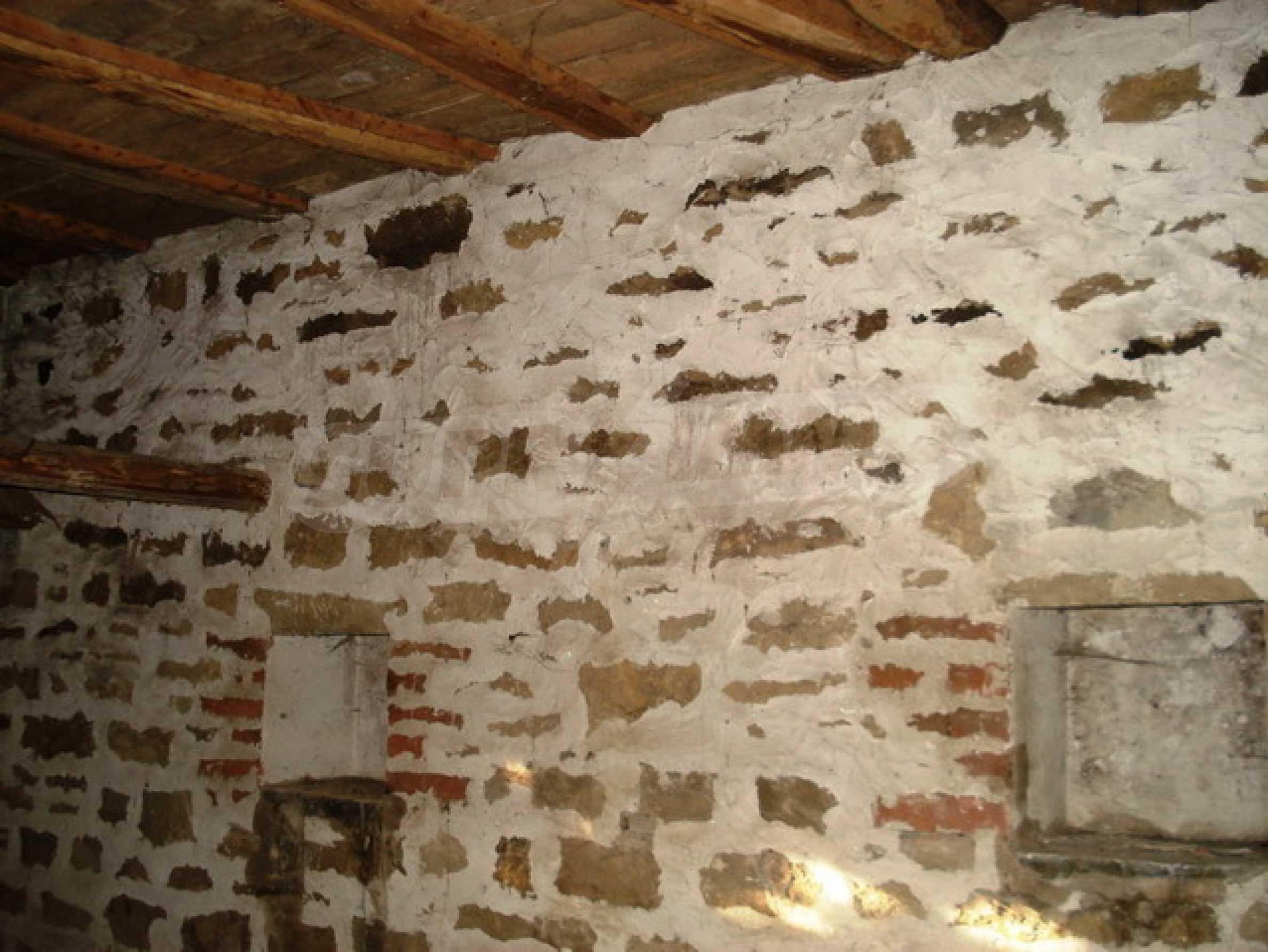 Тухлена селска къща 7