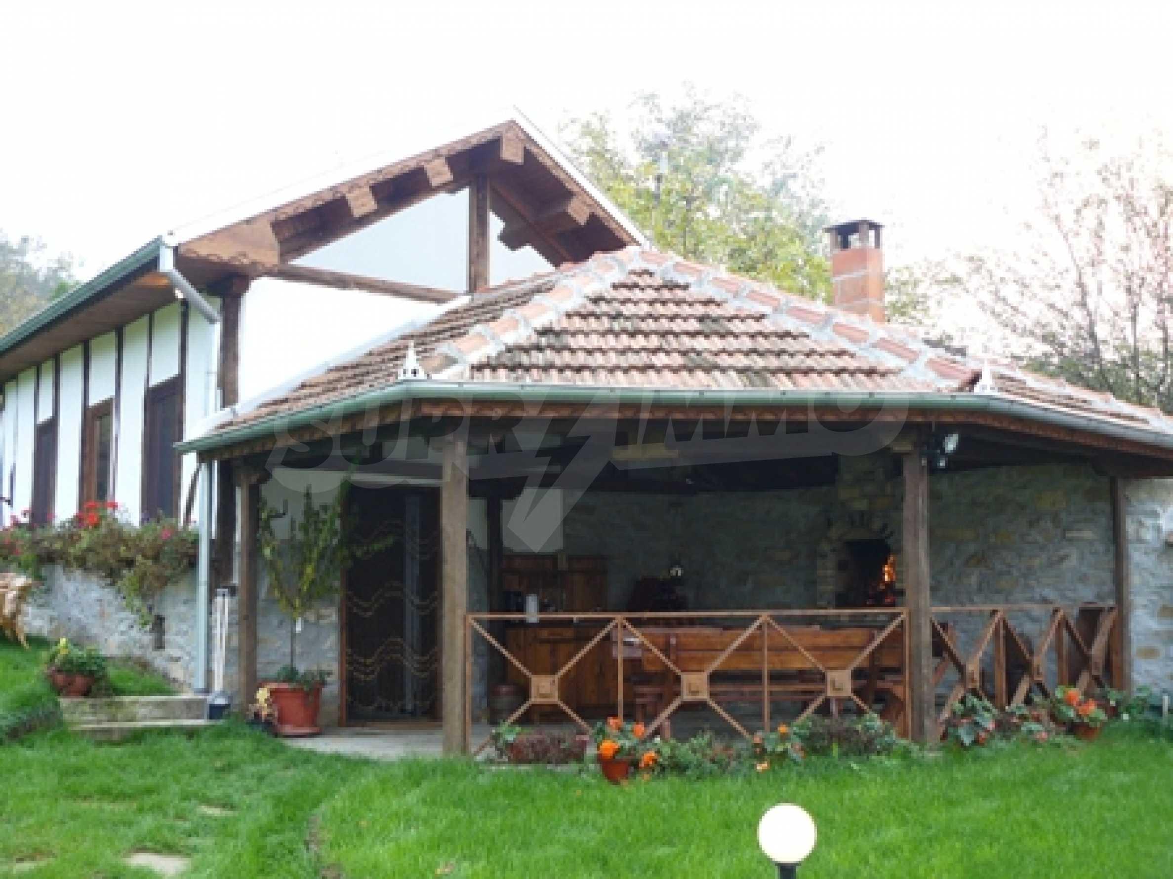 Красива, ремонтирана къща, близо до Велико Търново 13