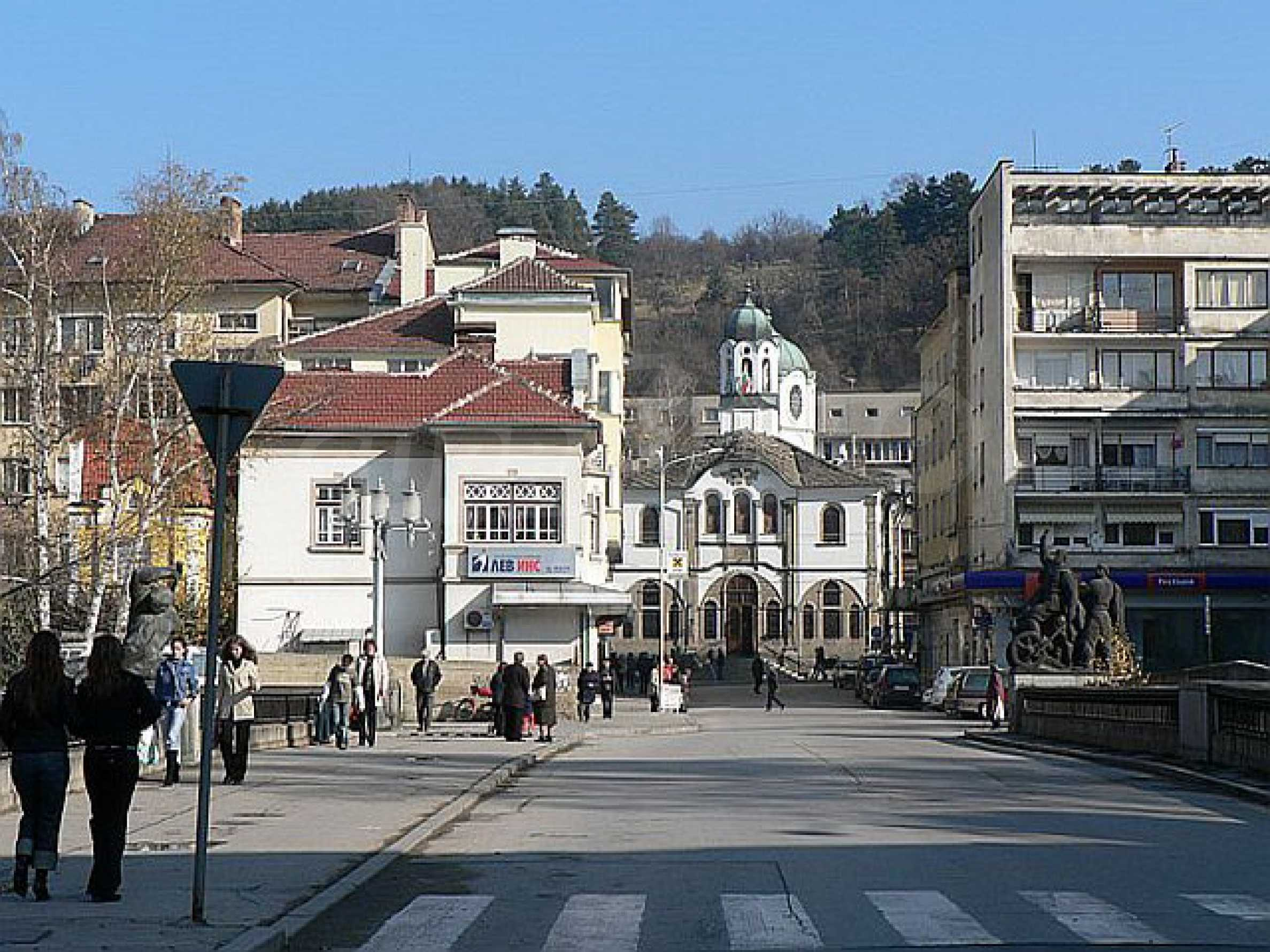 Shop and a cafe for rent in Gabrovo 6