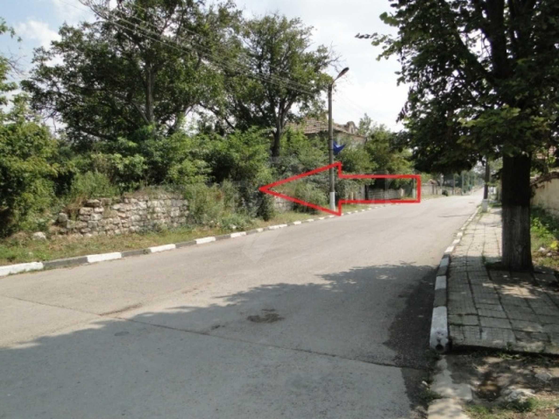 Дворно място в село Марково 5