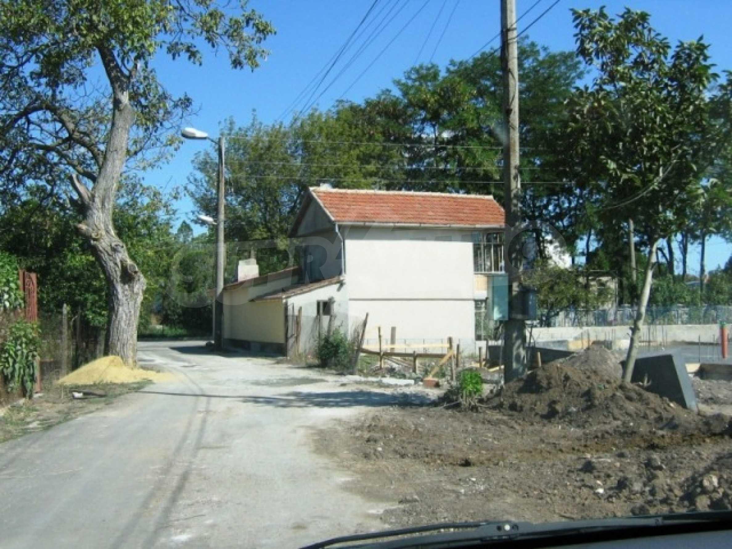 Участок под строительство в городе Каварна 3