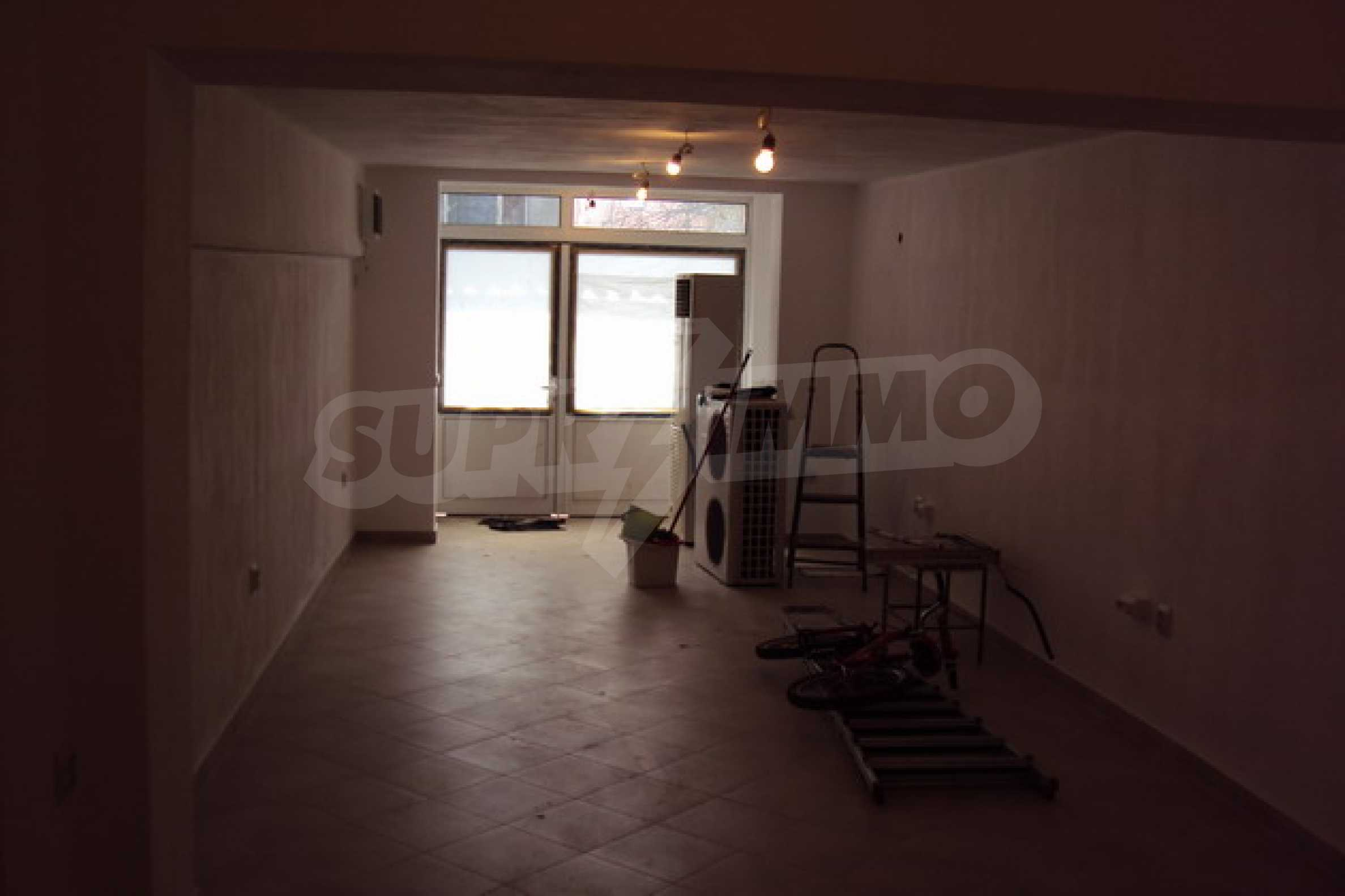 Shop for rent in Veliko Tarnovo 12