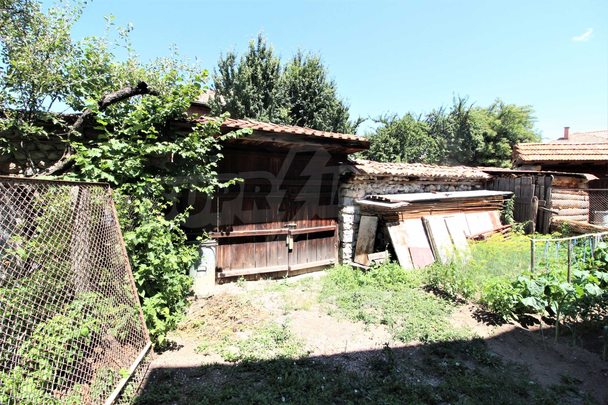 Two-storey house in the center of Bansko  5