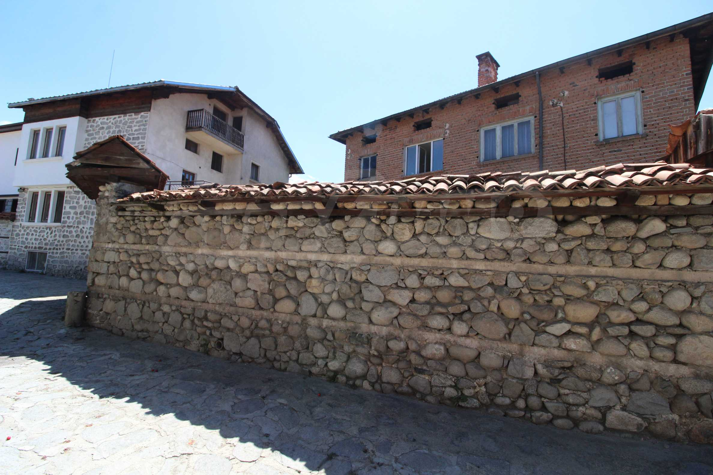 Two-storey house in the center of Bansko  6