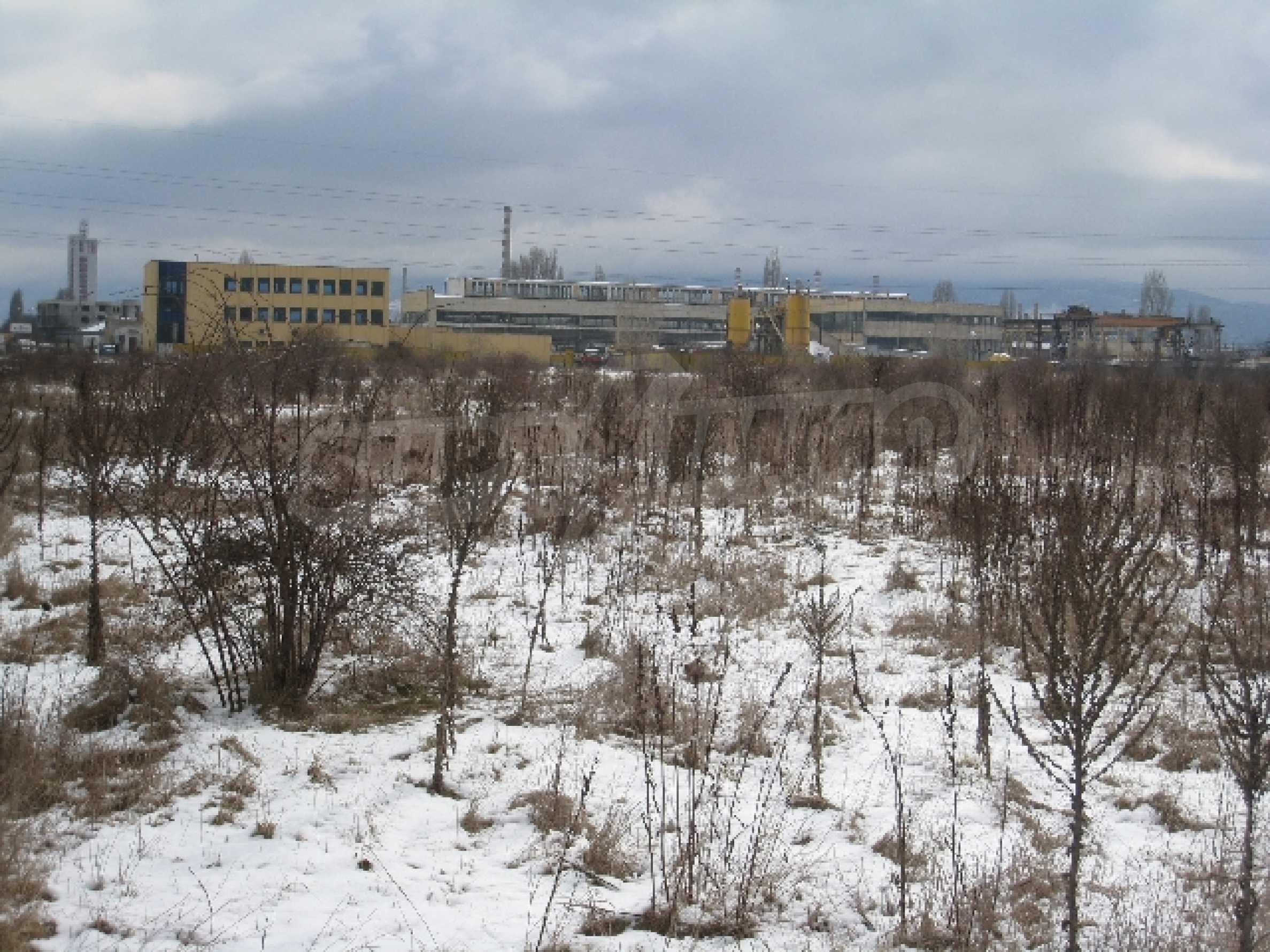 Development land near the Airport 1