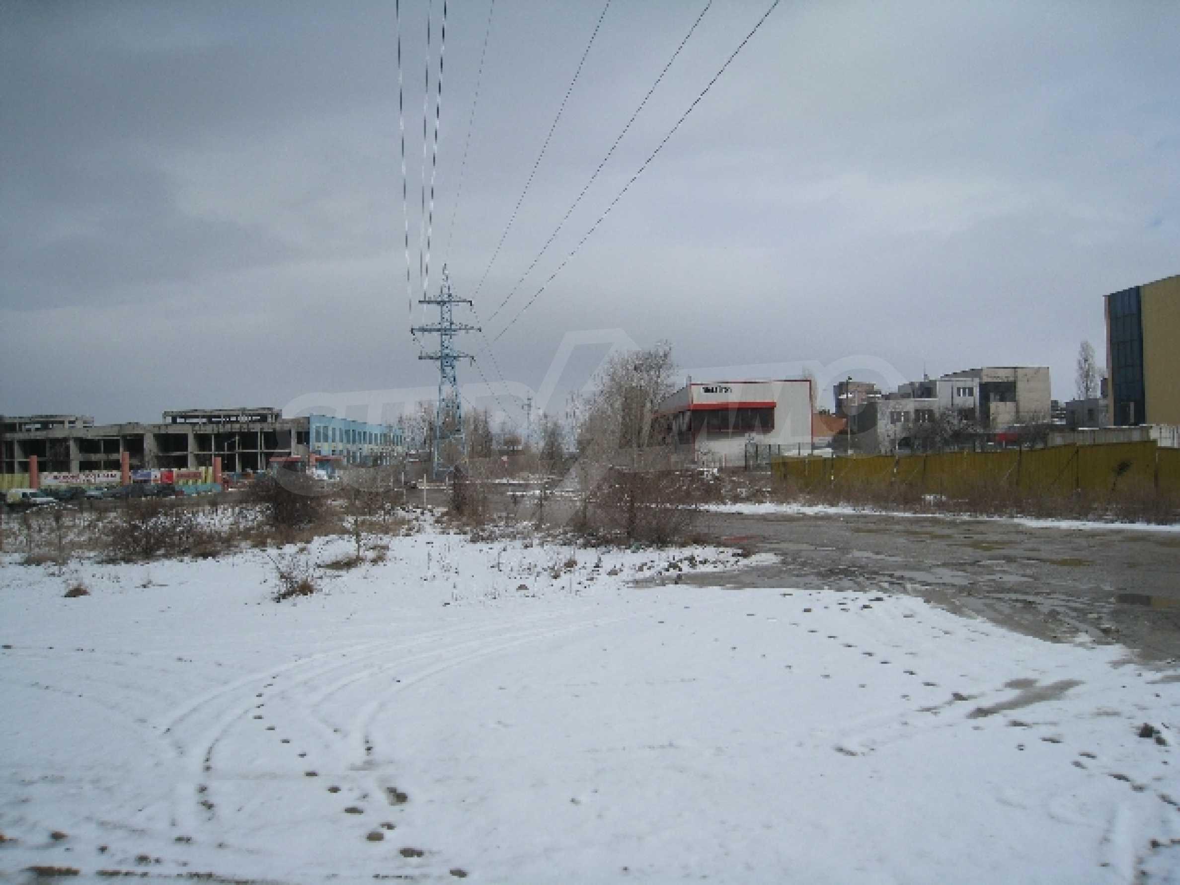 Baugrundstück neben dem Flughafen 7