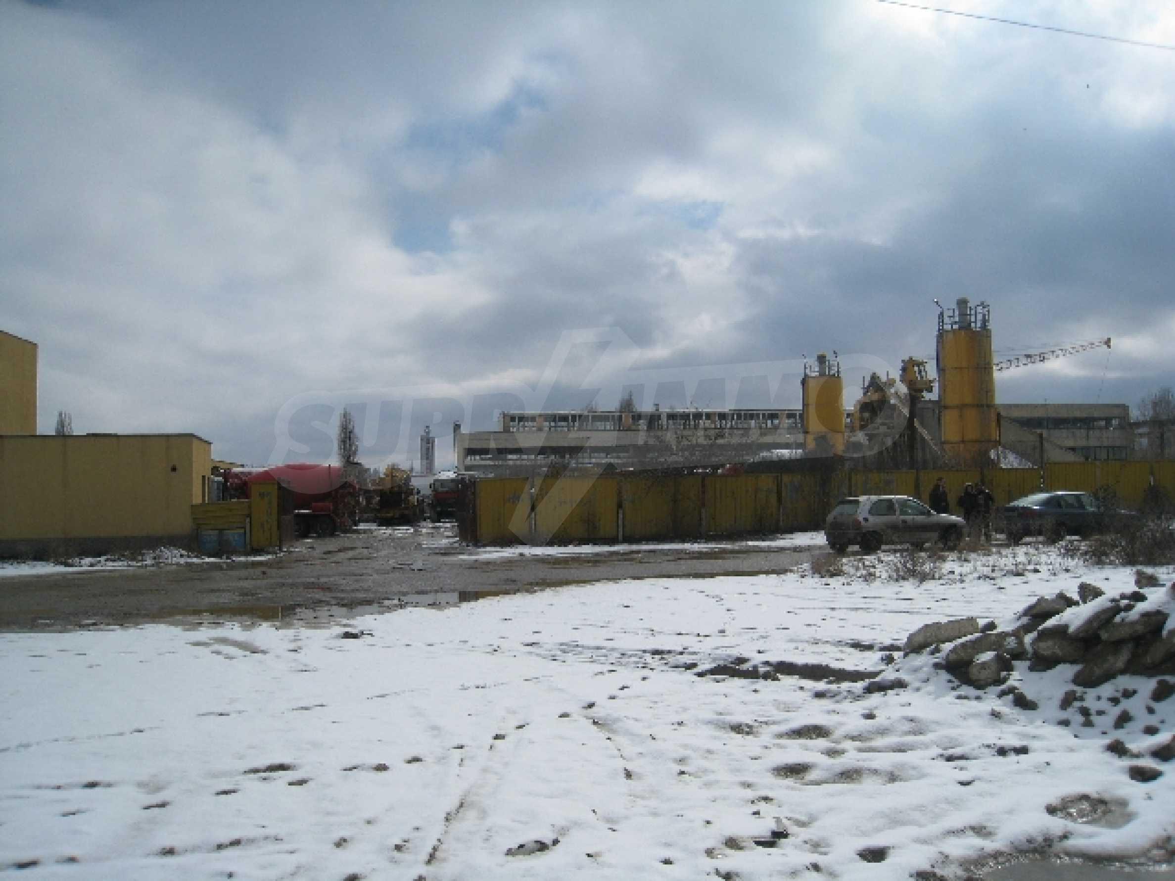Development land near the Airport 8