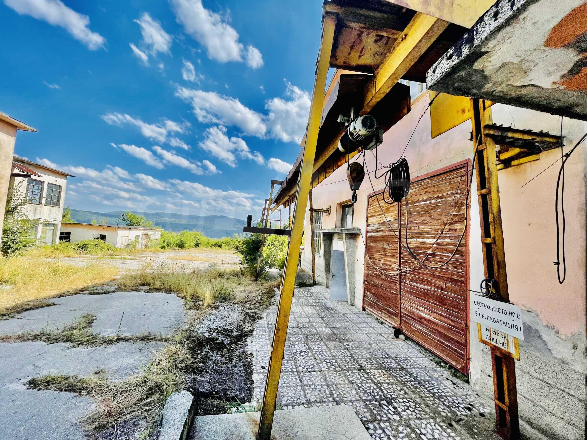 Factory for sale near Veliko Tarnovo 1