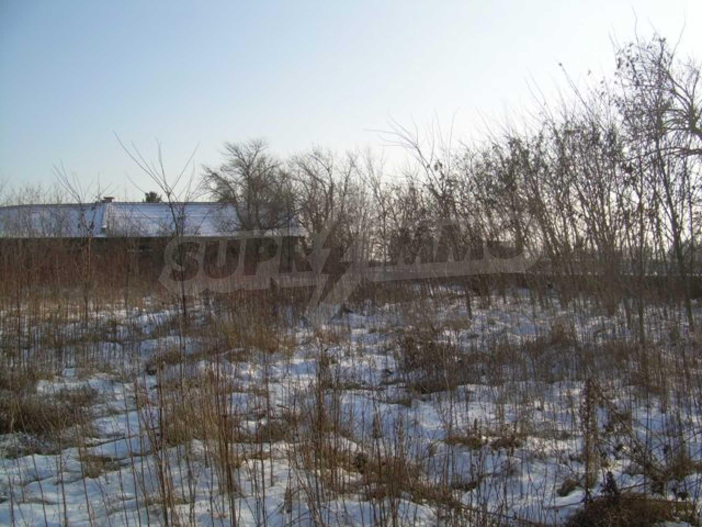 Участок для промышленных целей в Кичево 2