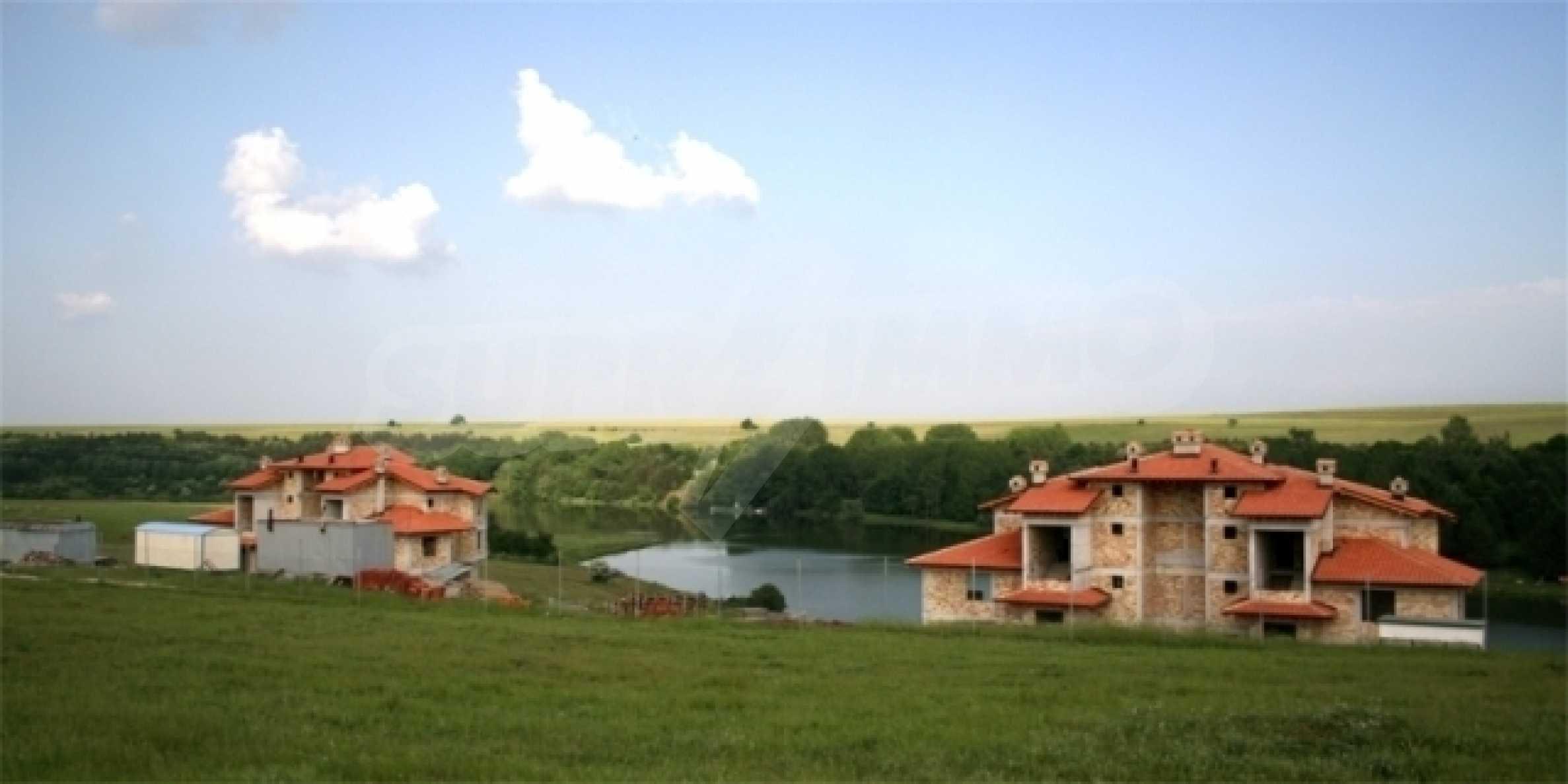 Grundstück im Dorf Nikolaevka 1