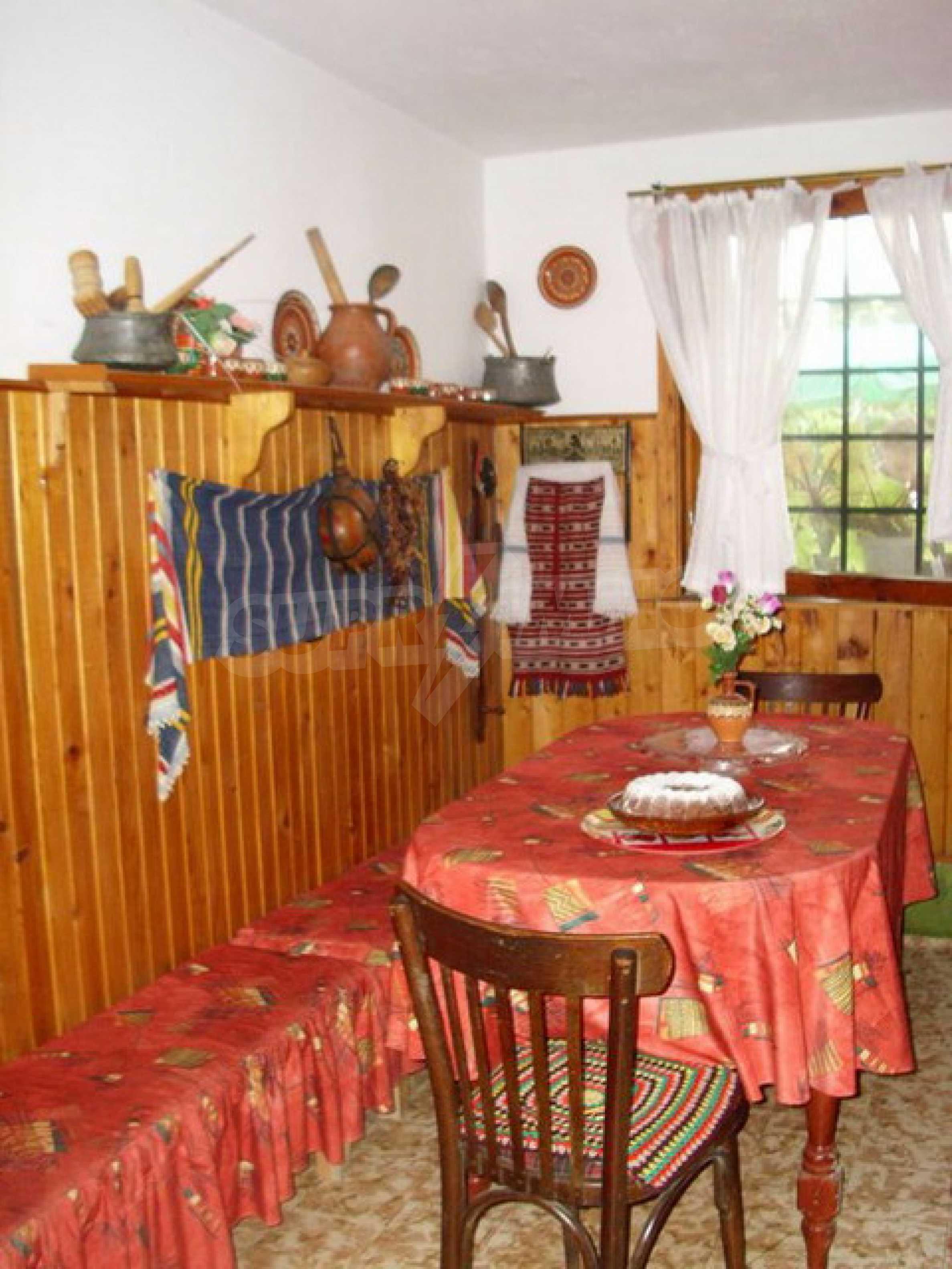 Гостевой дом в красивой деревне около Трявна 11