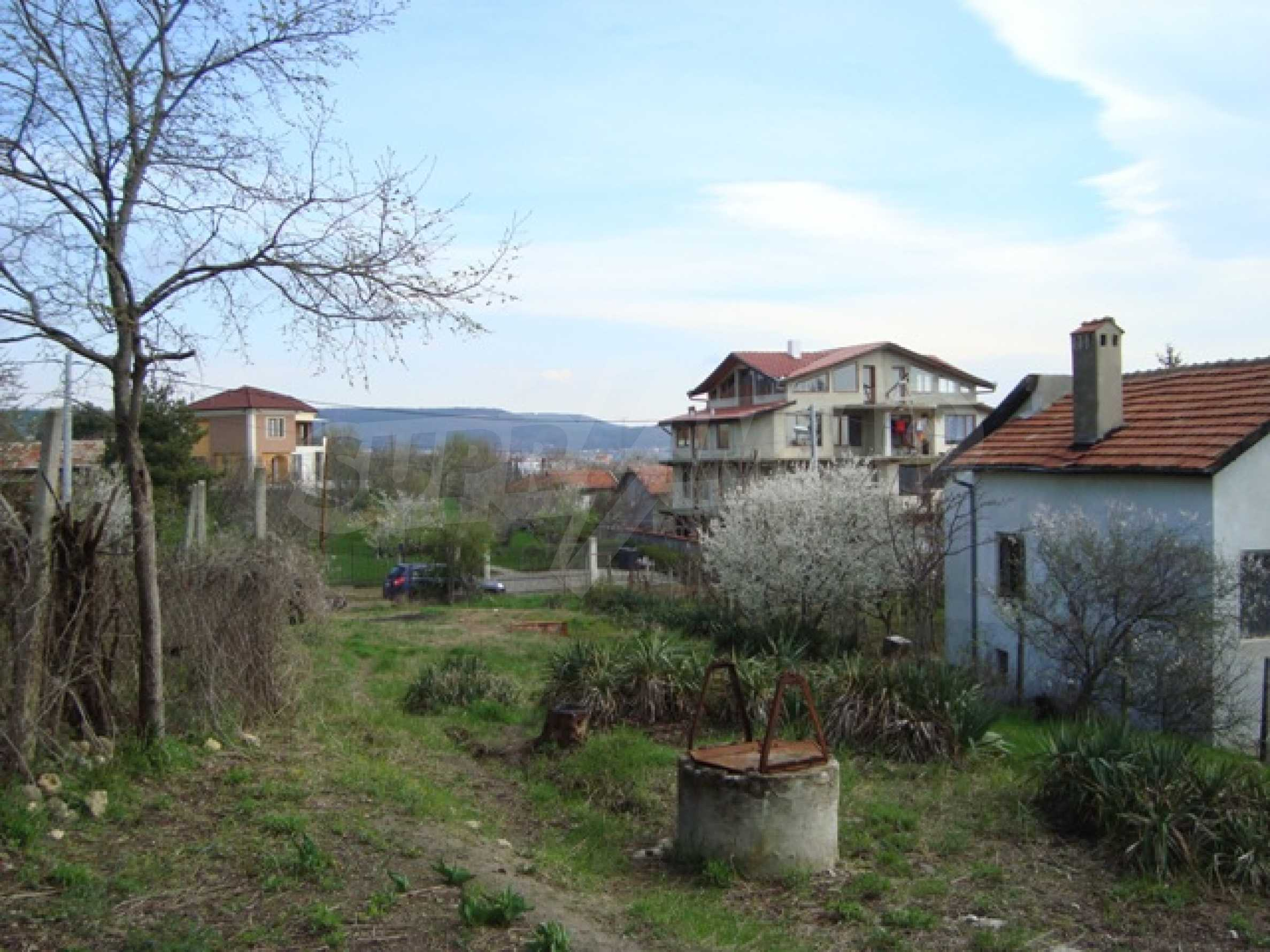A plot in the area of Trakata 1