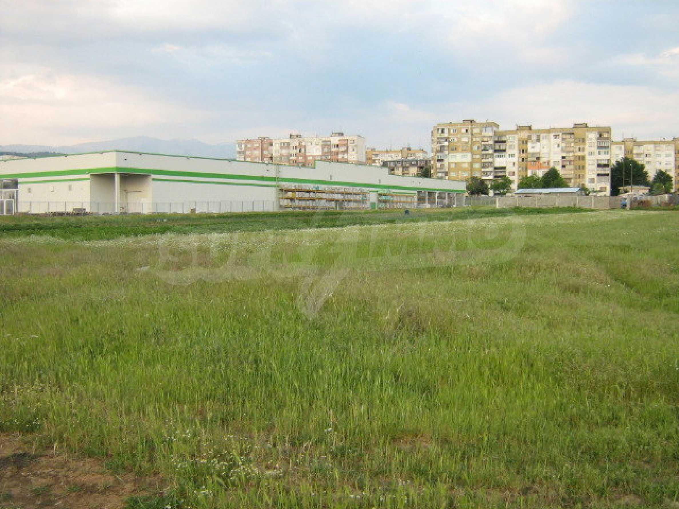 Участок на продажу в г.Благоевград 12