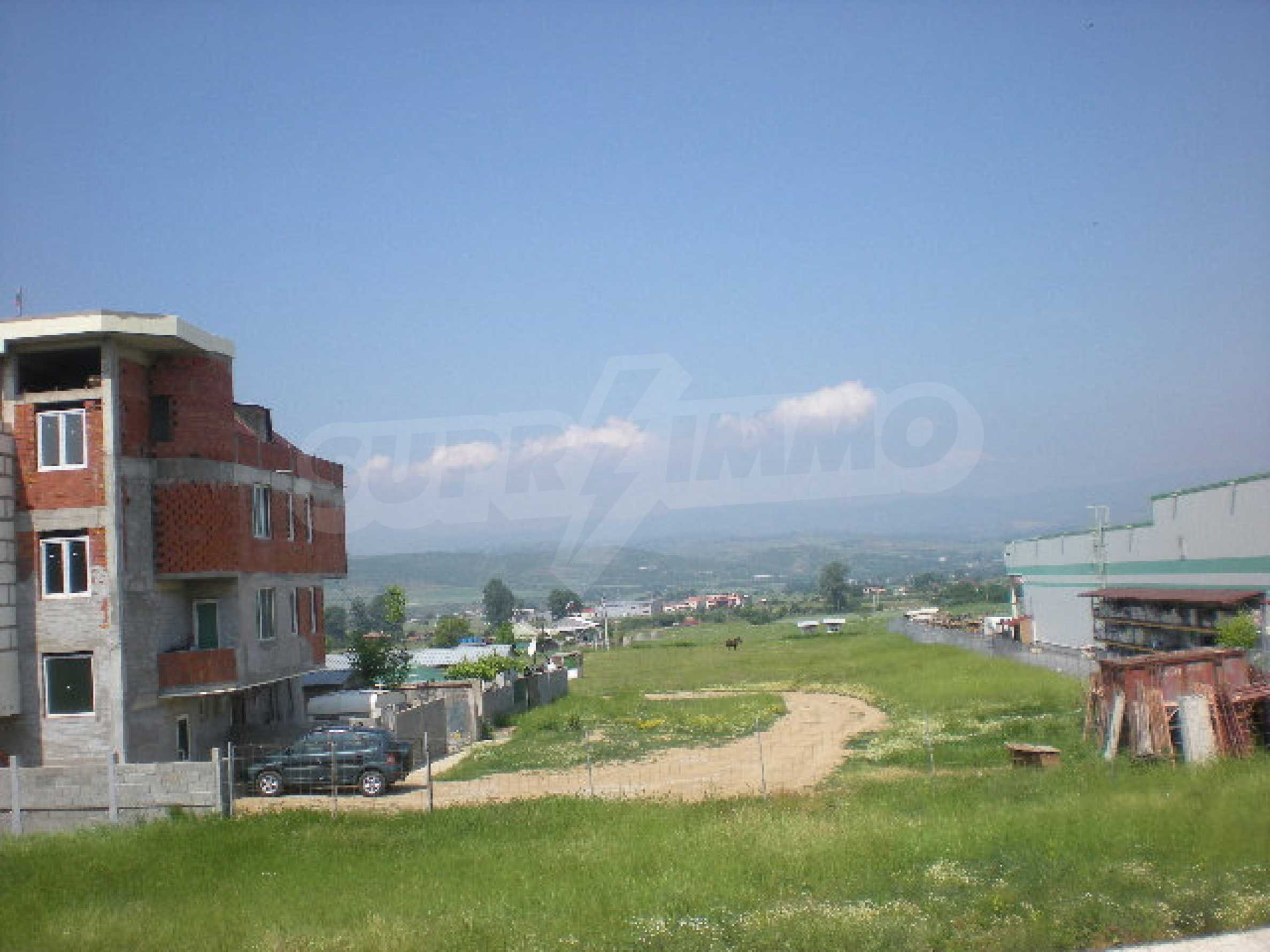 Участок на продажу в г.Благоевград 2