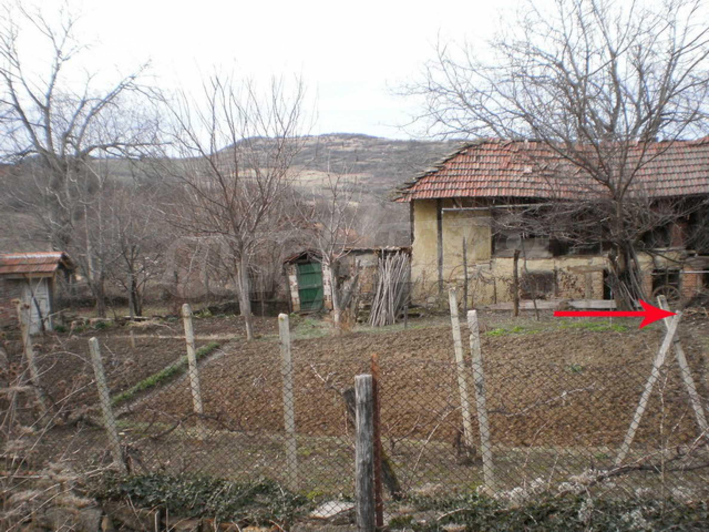 Земельный участок в деревне 3