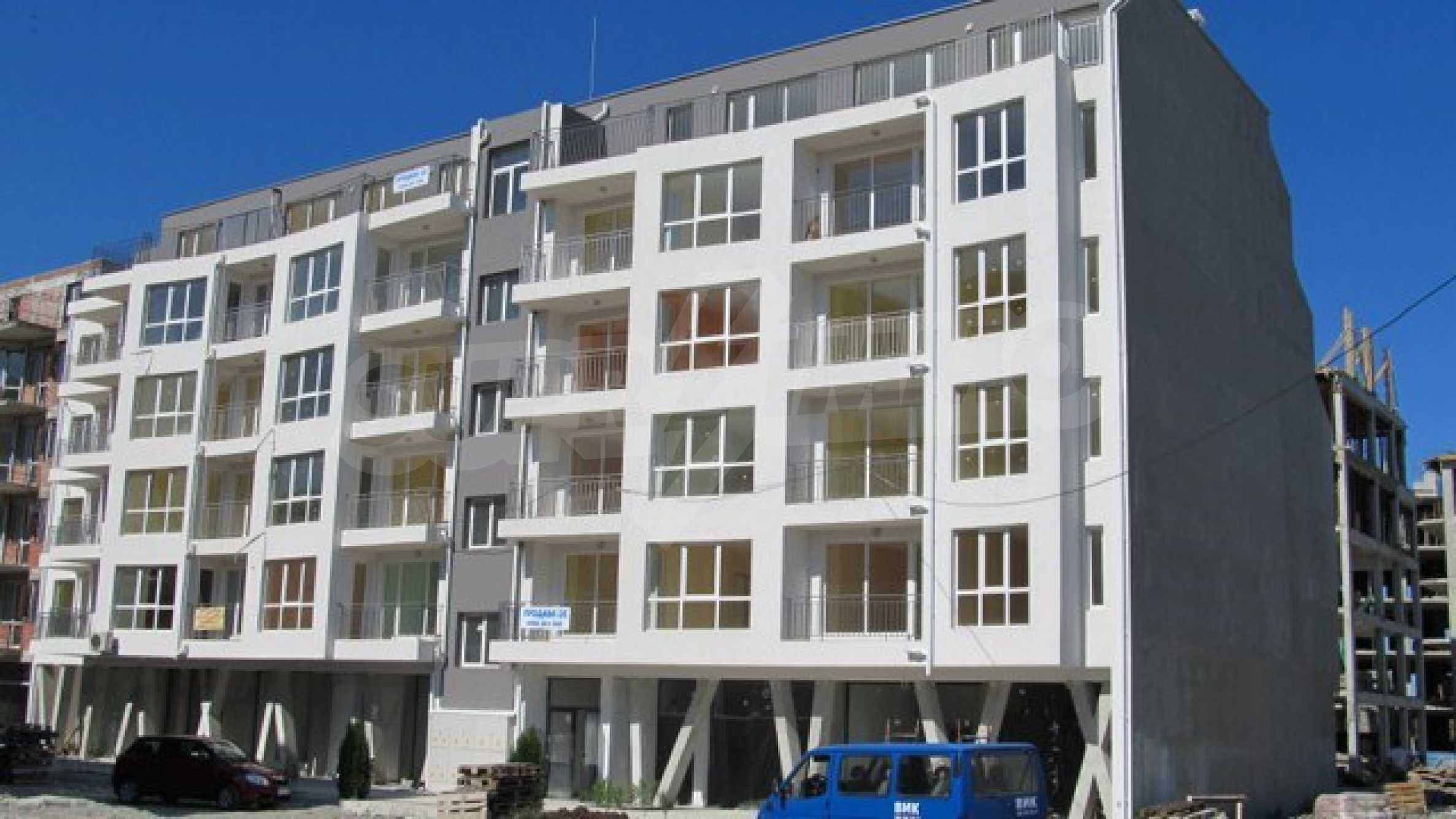 Apartments and shops for sale in Pomorie 1