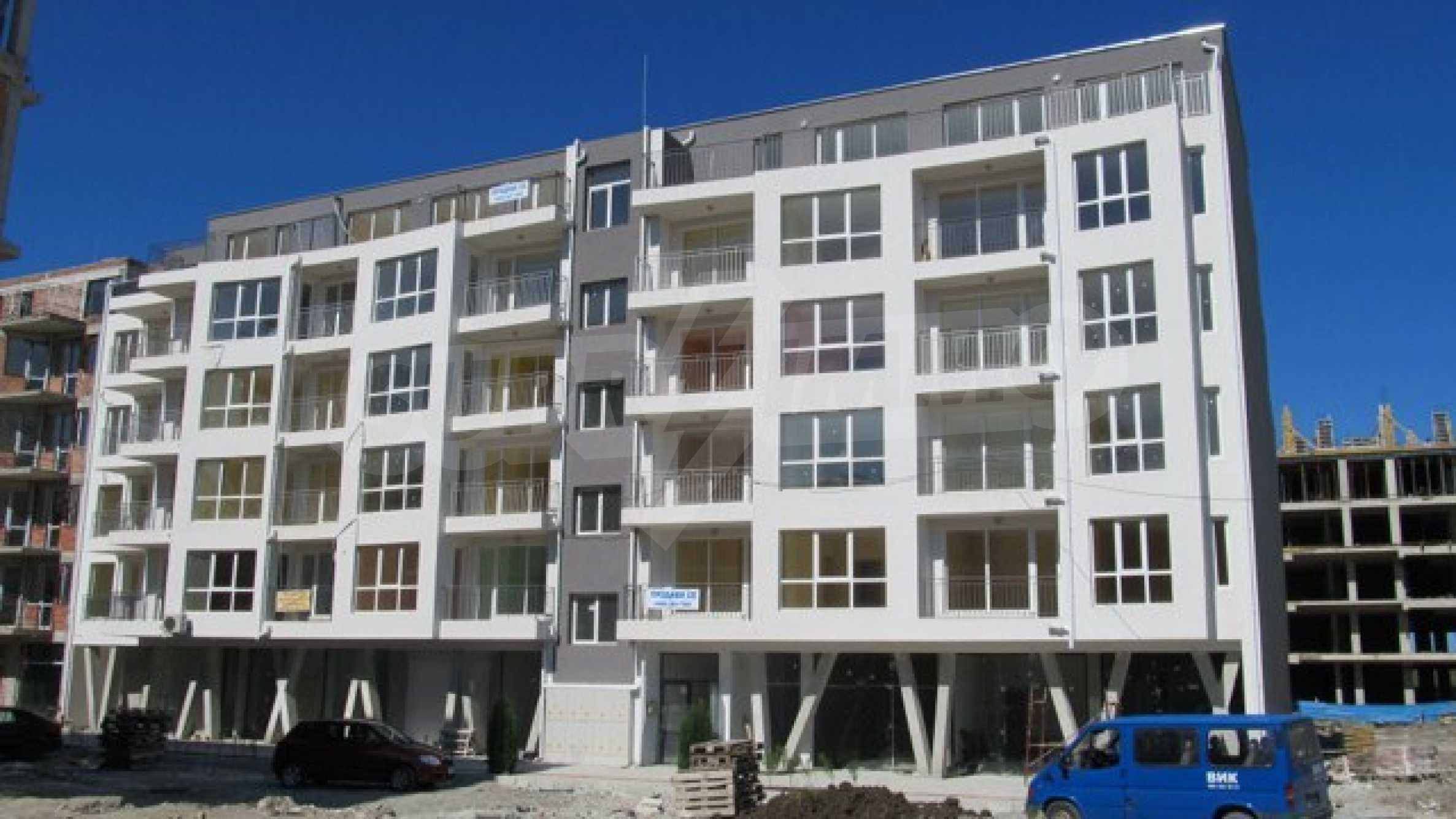 Apartments and shops for sale in Pomorie 2