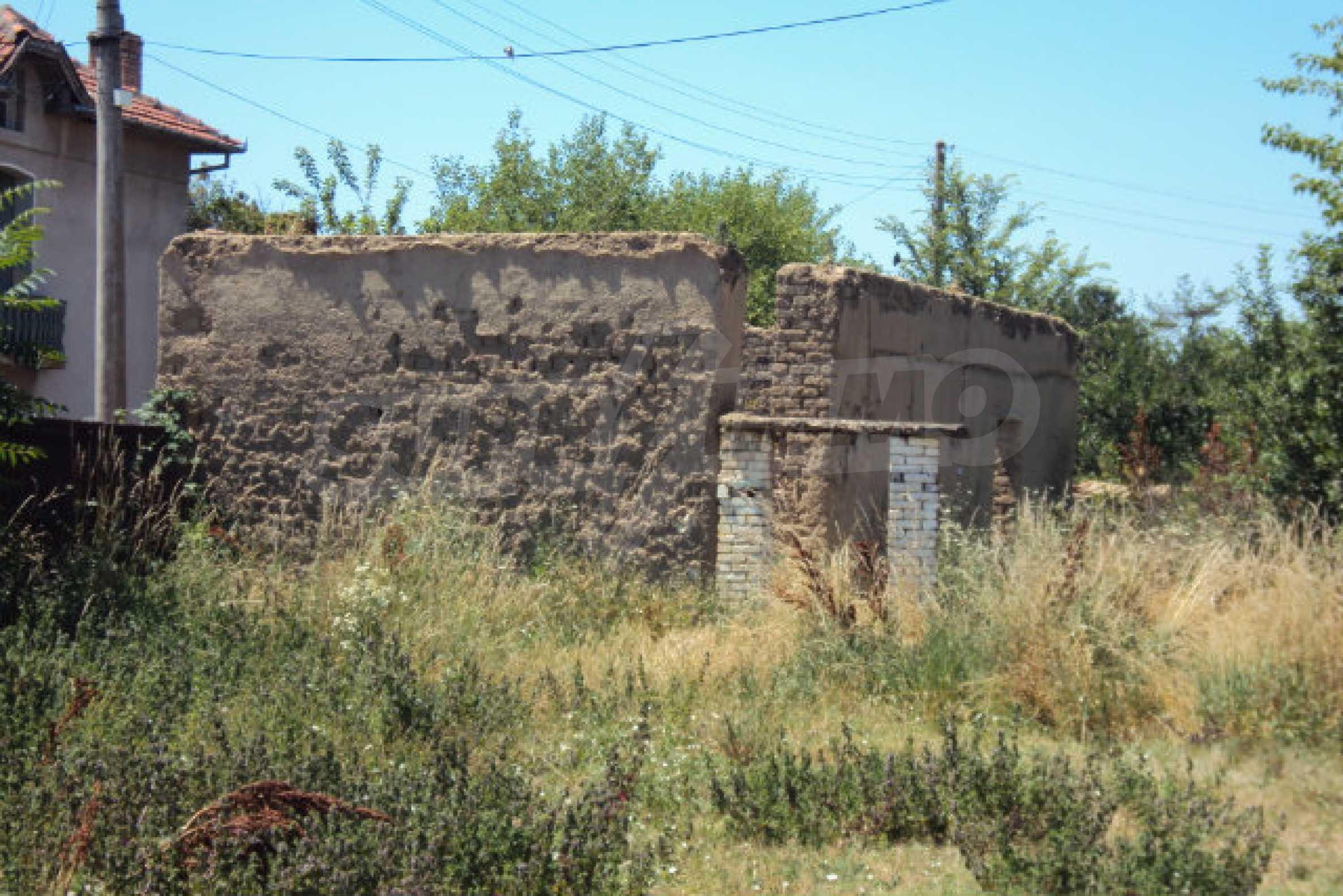 Einstöckiges Haus im Dorf Butovo 5