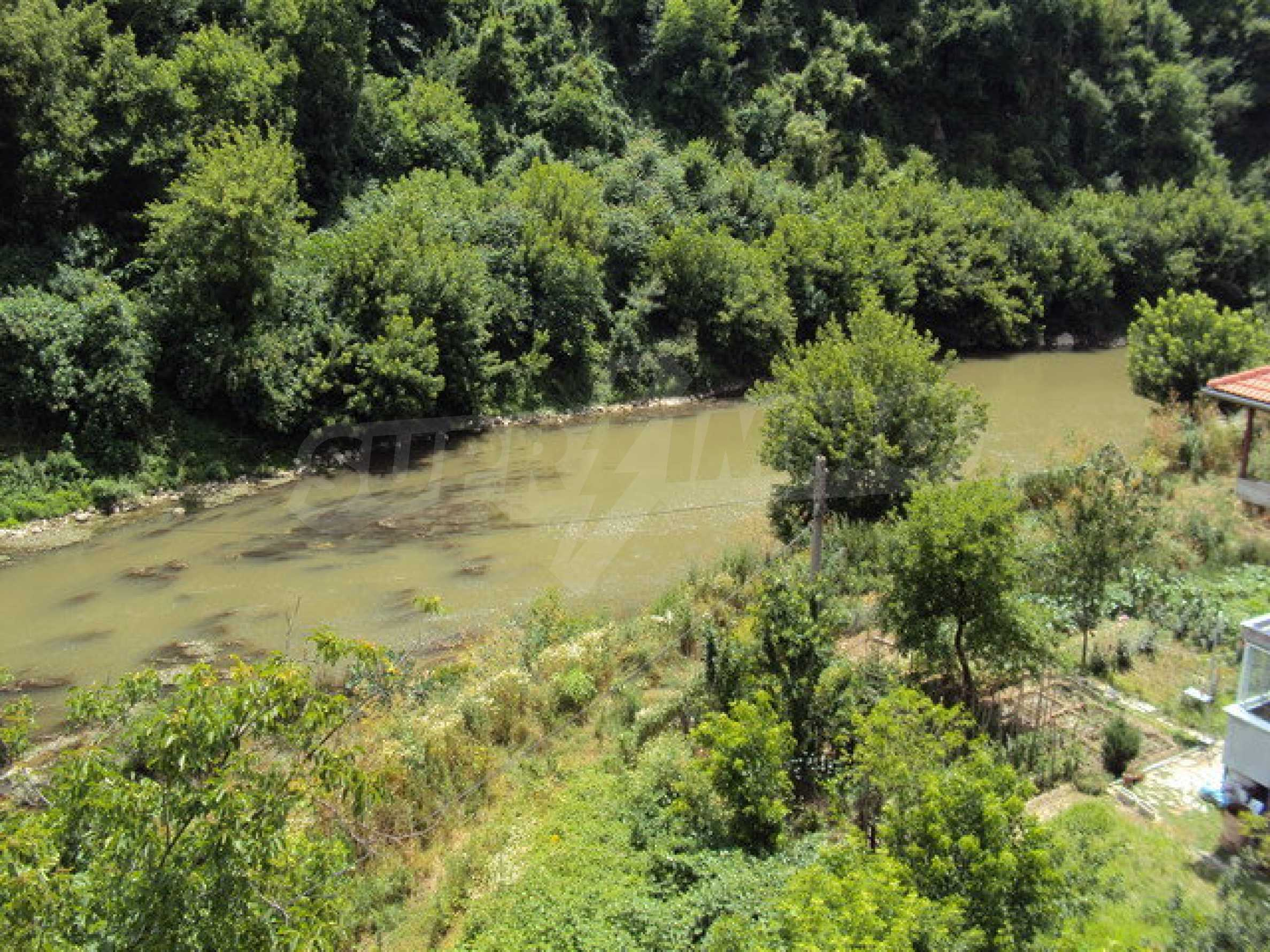 Unique property on the banks of Yantra River in Veliko Tarnovo 33