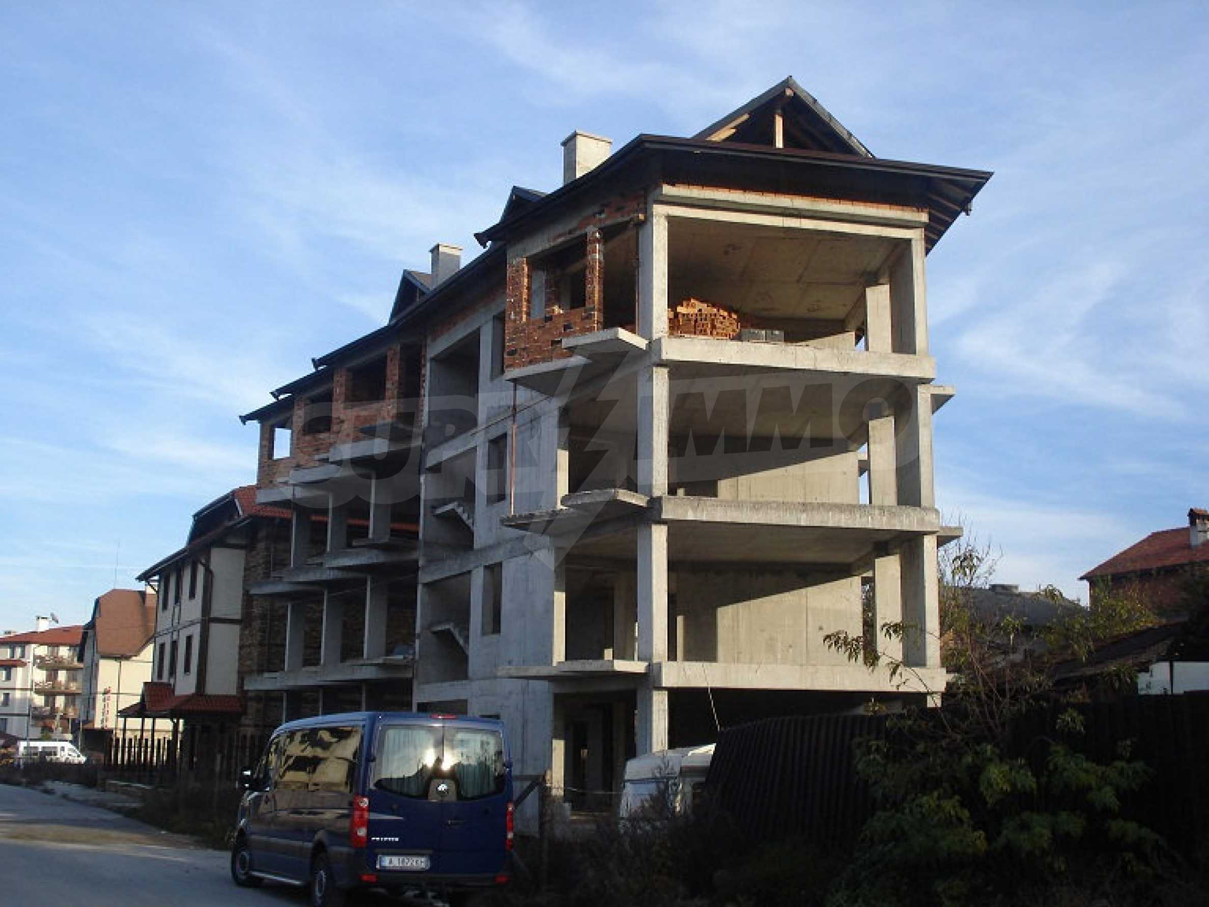 Three-storey hotel at shell stage for sale in Bansko  5