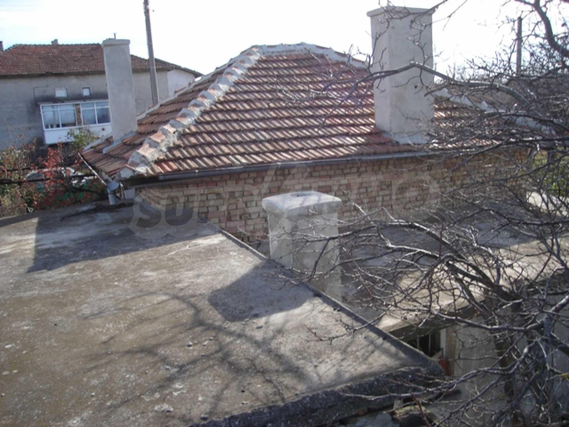 Einstöckiges Haus 10 km von Varna entfernt 4