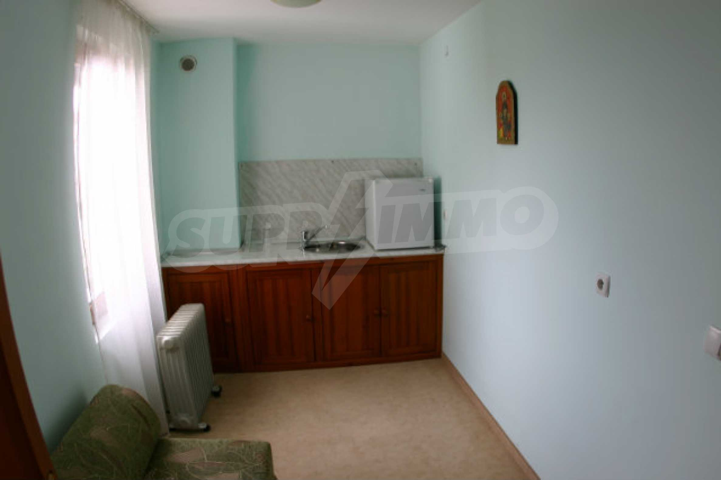 Dreistöckiges Hotel zum Verkauf in Bansko 50