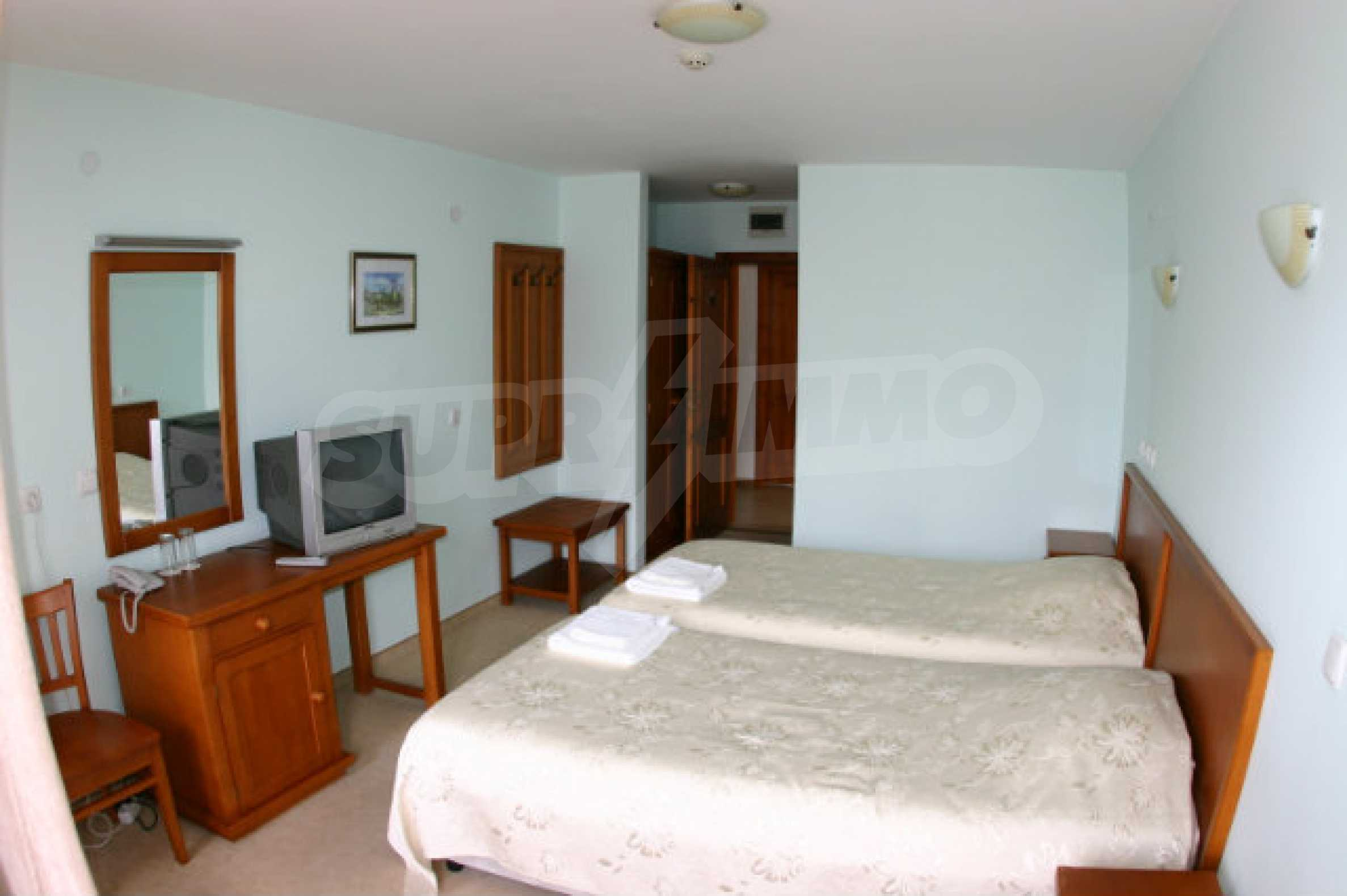 Dreistöckiges Hotel zum Verkauf in Bansko 60