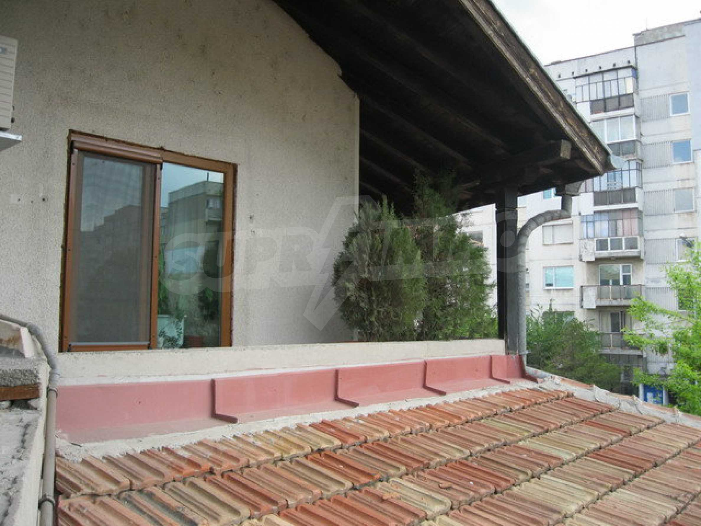 Commercial property on 3 levels for sale in Veliko Tarnovo  27