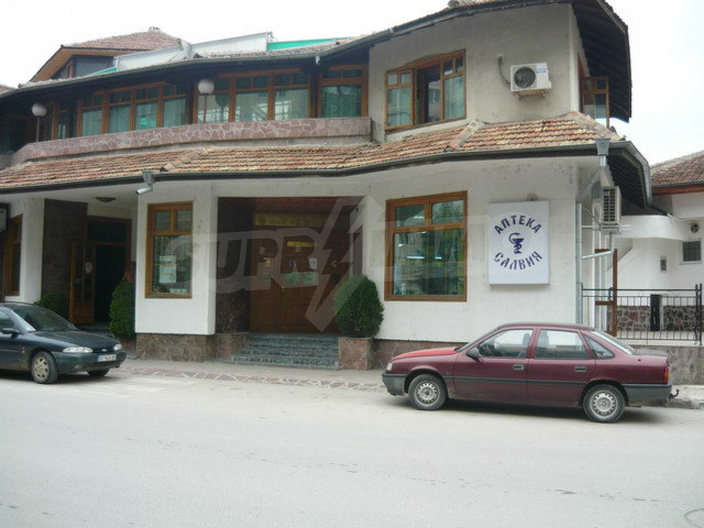 Commercial property on 3 levels for sale in Veliko Tarnovo  49
