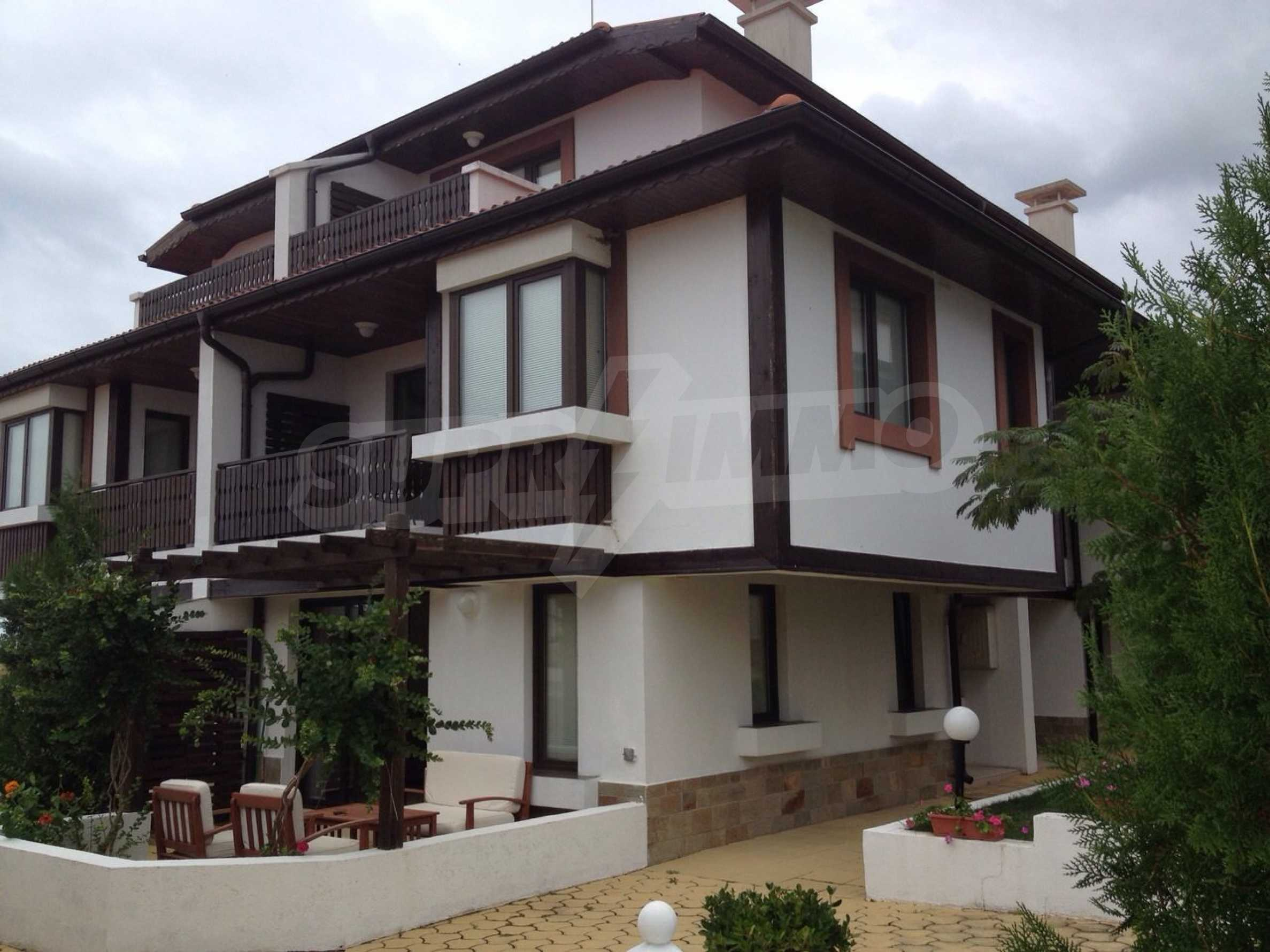 Villa for sale in Velika Gardens in Lozenets 2