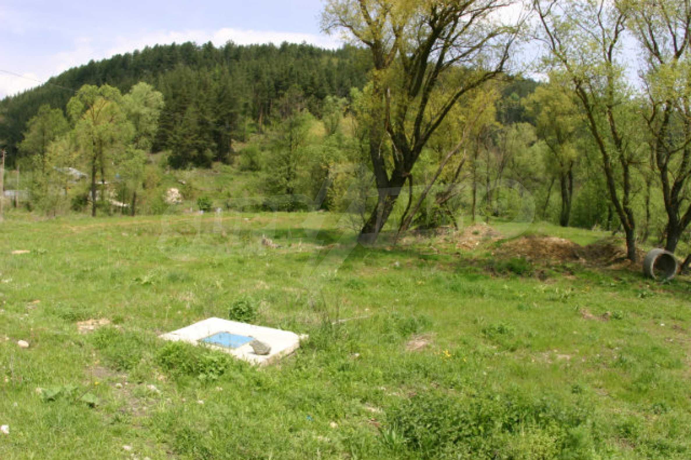 Geregeltes Grundstück zum Verkauf in der Nähe von Razlog 10