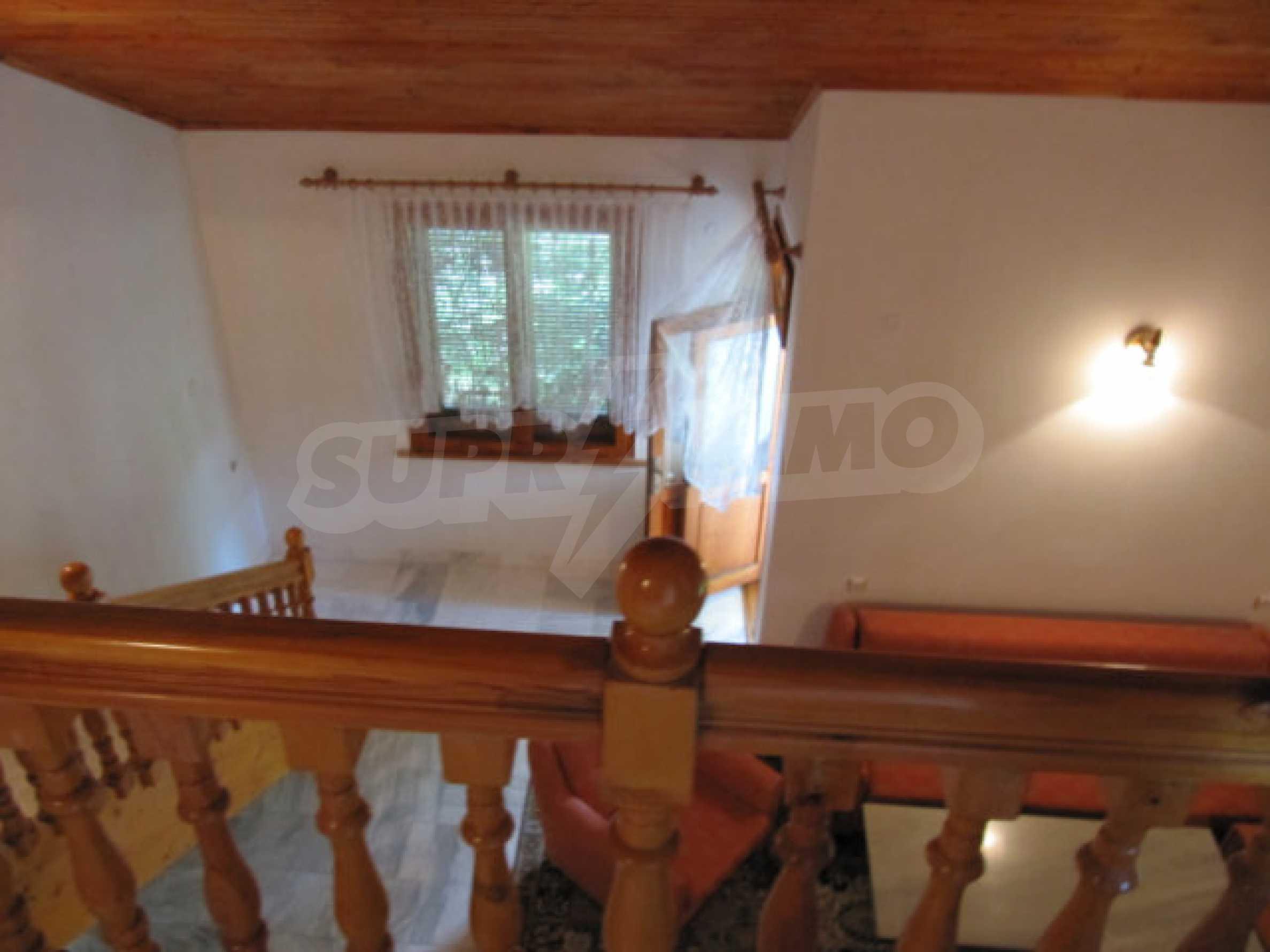 Трехэтажный дом недалеко от курорта Пампорово 23