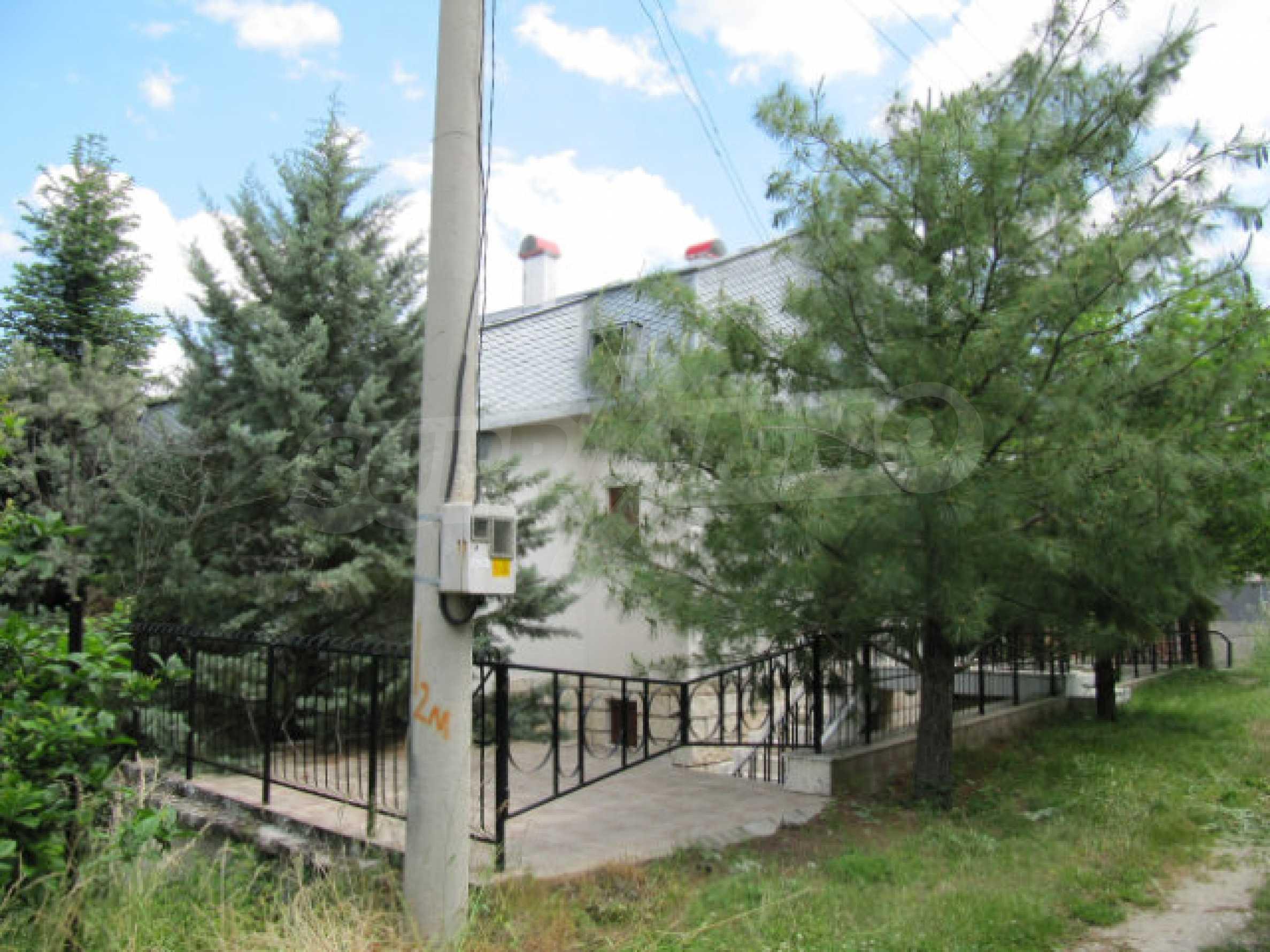 Трехэтажный дом недалеко от курорта Пампорово 3