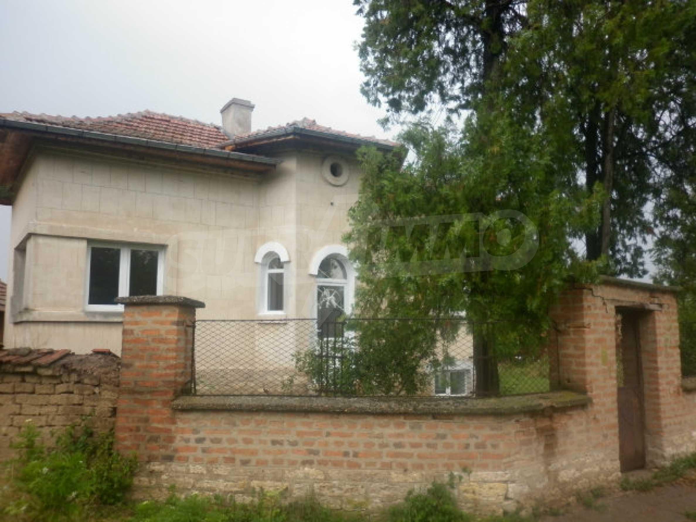 Большой дом в прекрасном состоянии возле города Враца