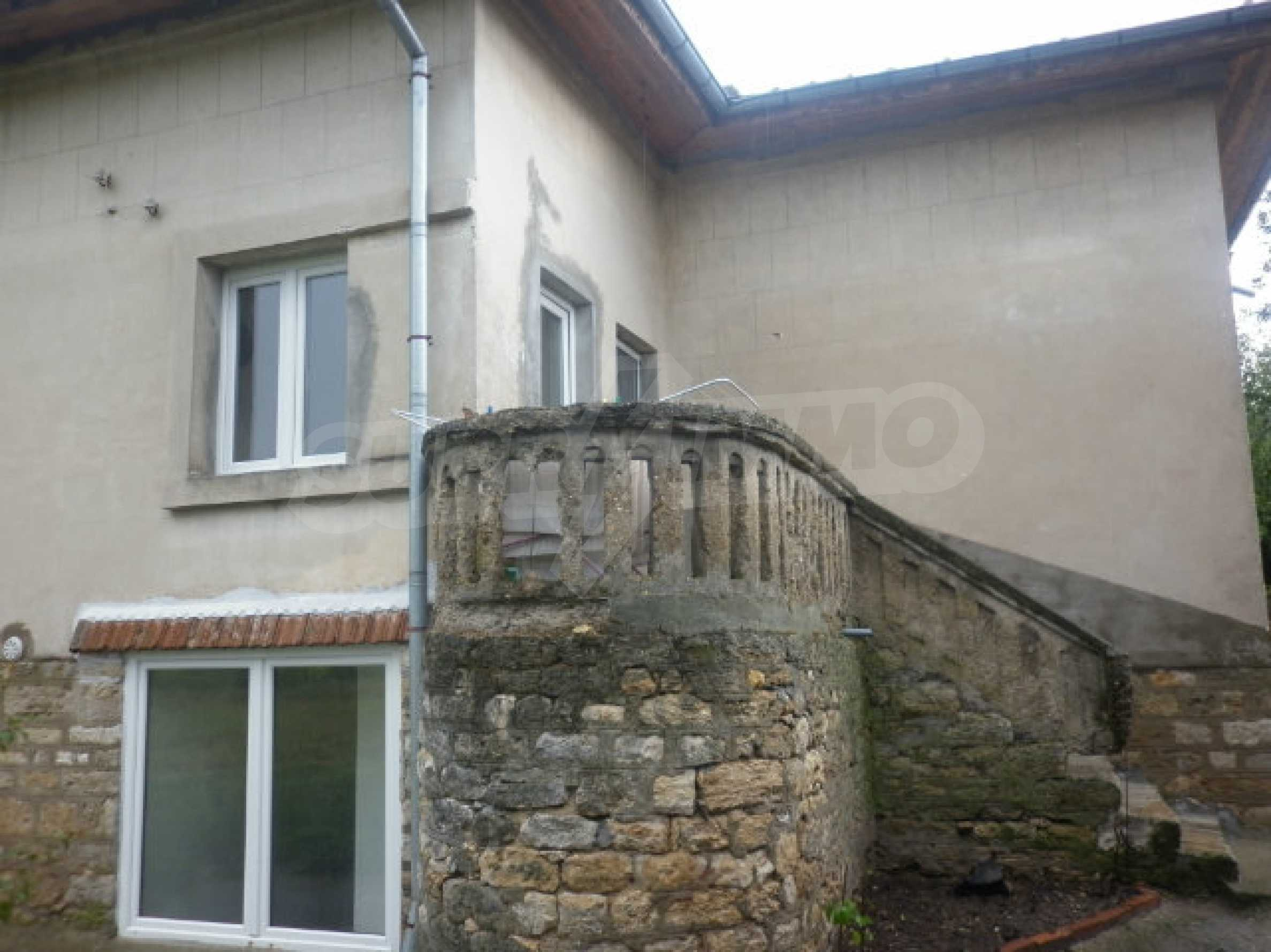 A big 3-bed house in Vratsa area 1