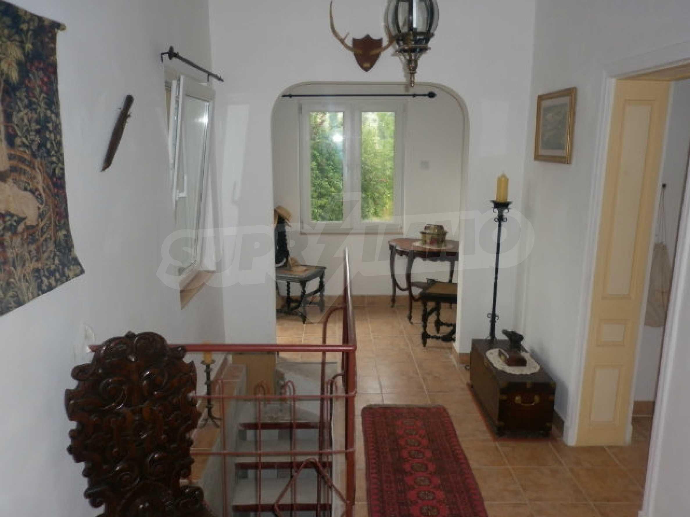 Большой дом в прекрасном состоянии возле города Враца 4