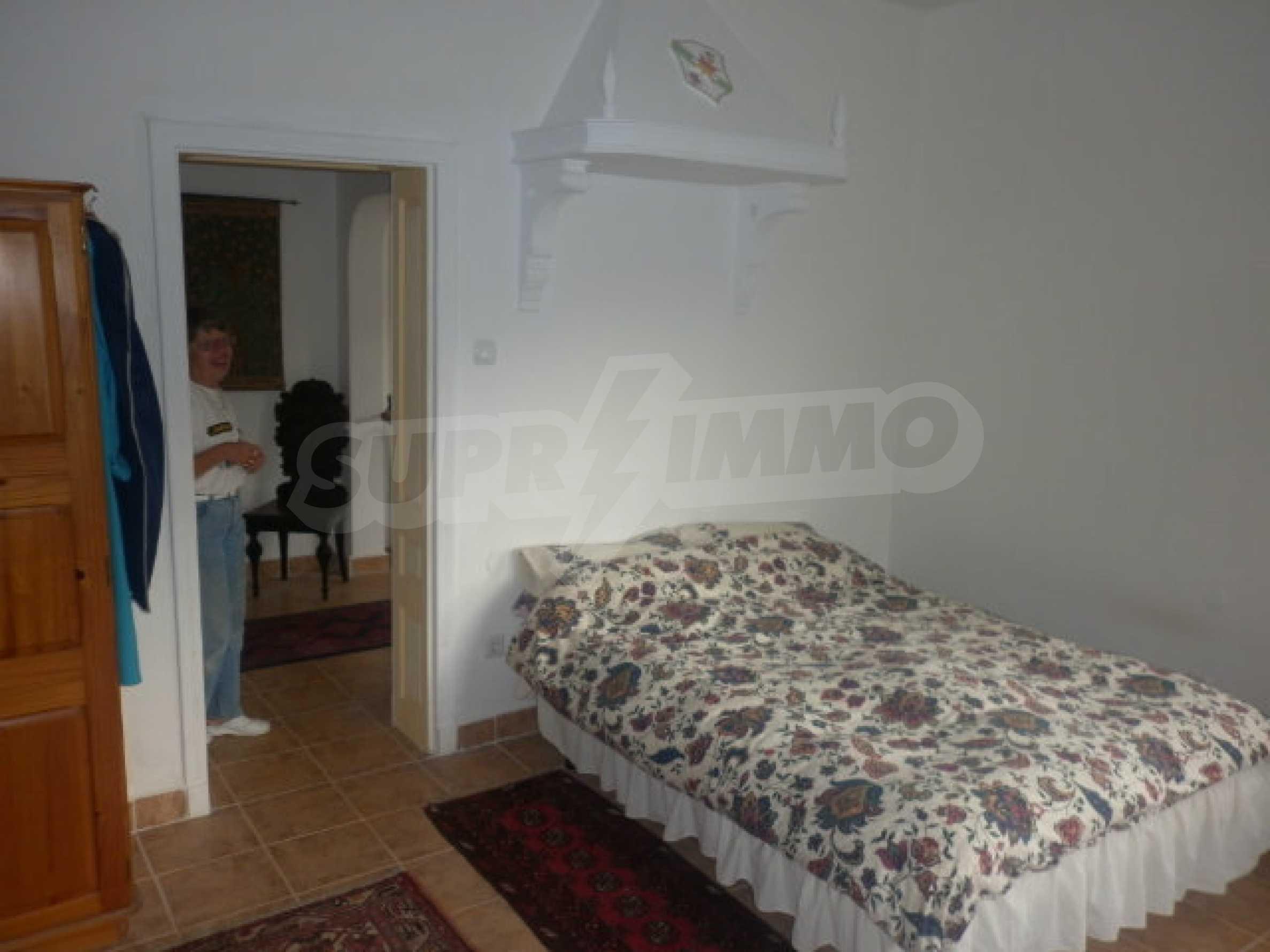 Большой дом в прекрасном состоянии возле города Враца 7